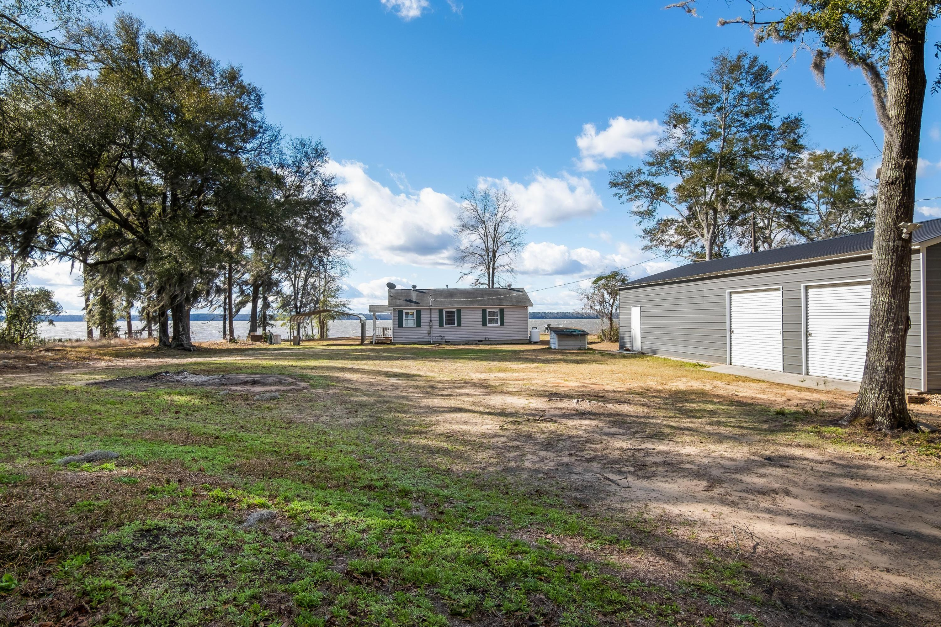 3408 Princess Pond Road Summerton, SC 29148