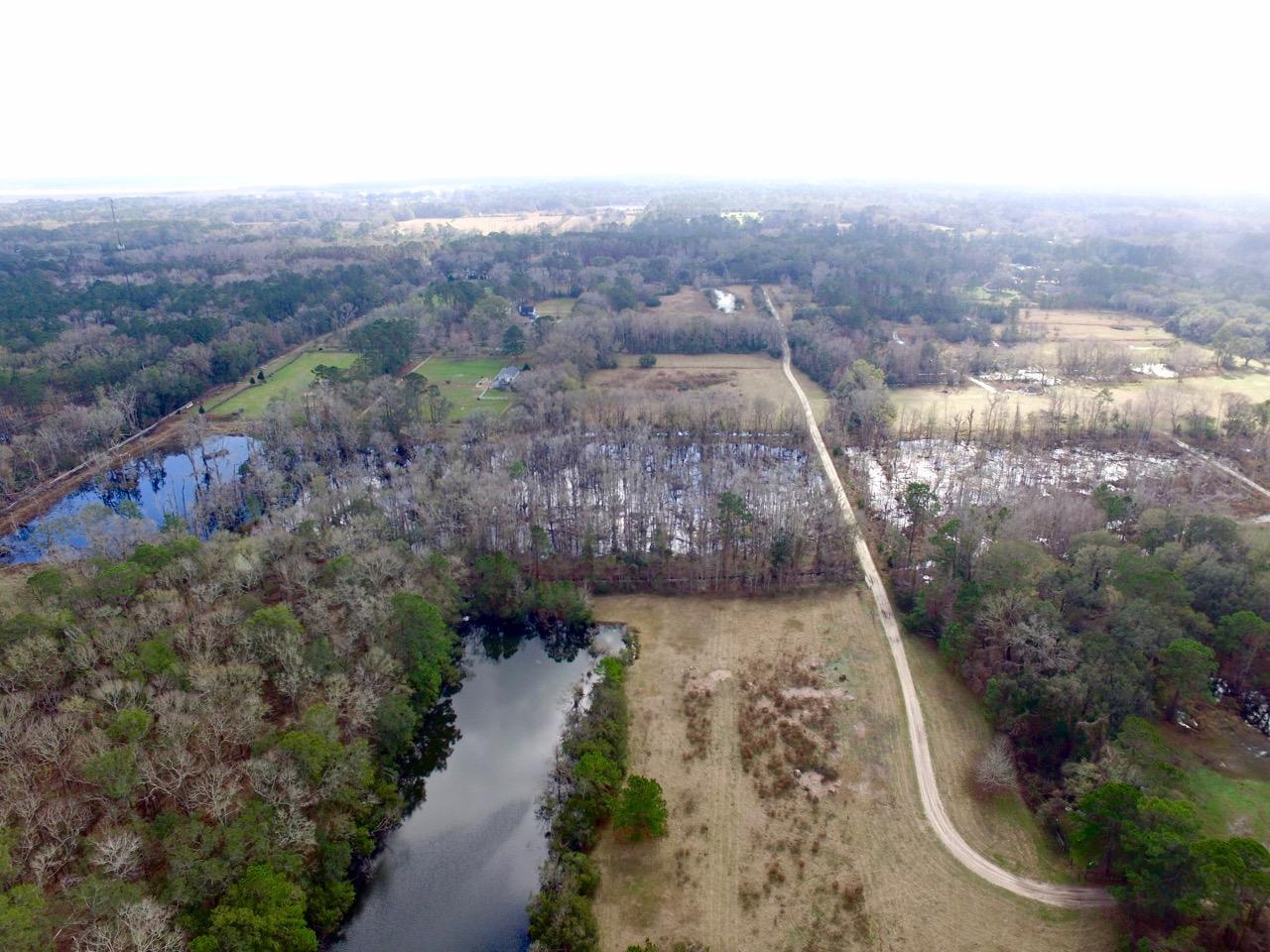 3988 River Road Johns Island, SC 29455
