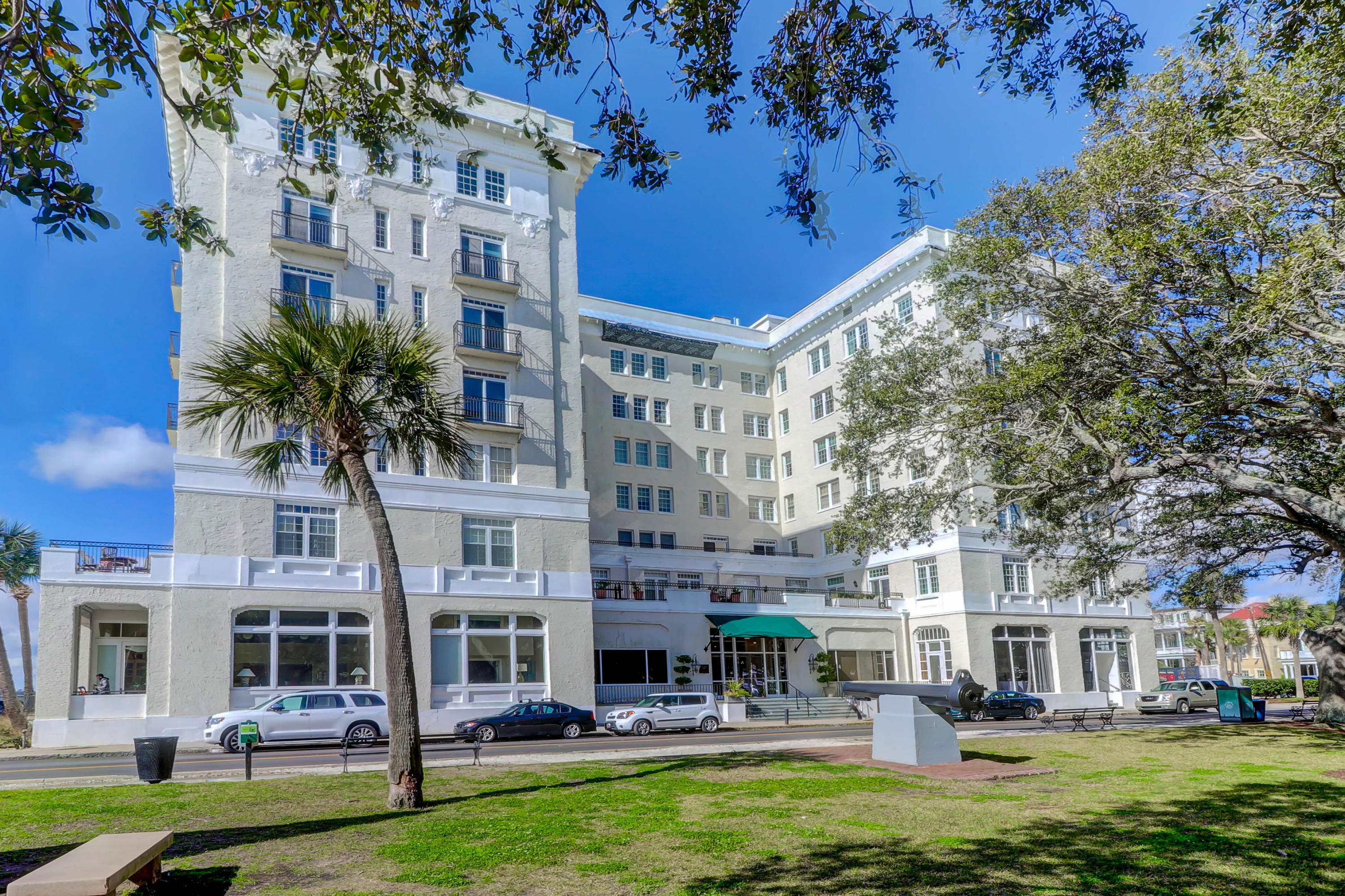1 King Street UNIT 501 Charleston, SC 29401
