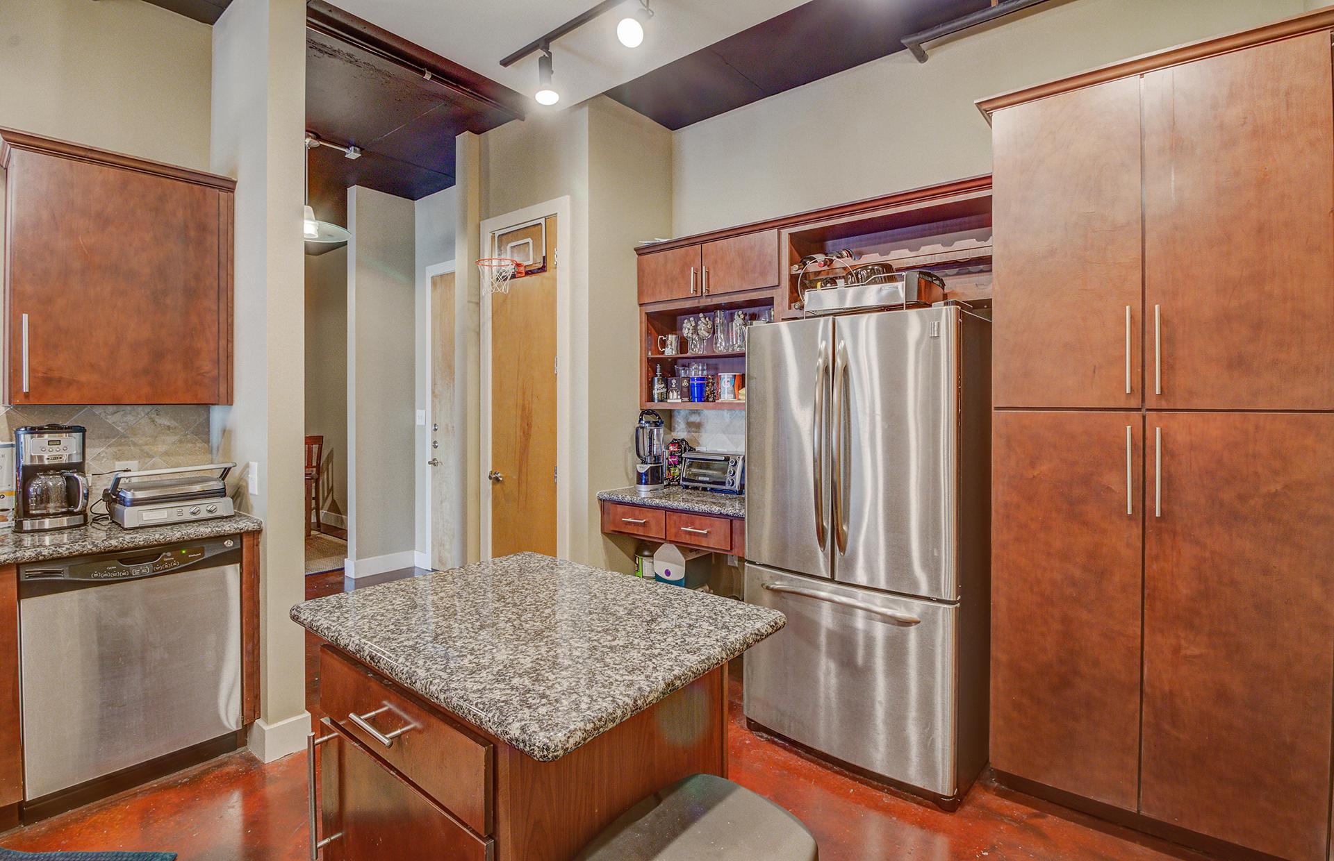 Bee Street Lofts Homes For Sale - 150 Bee, Charleston, SC - 10
