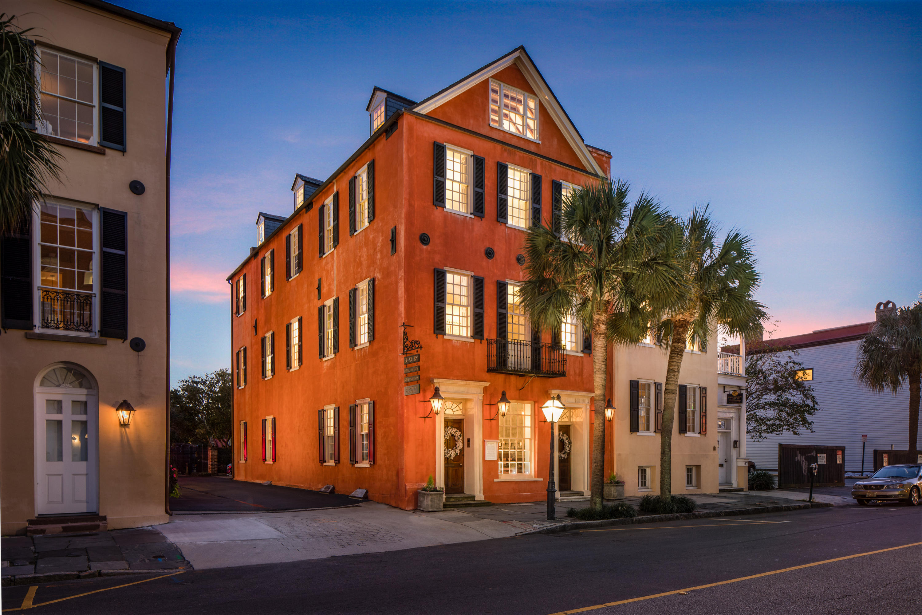 95 Broad Street Charleston, SC 29401