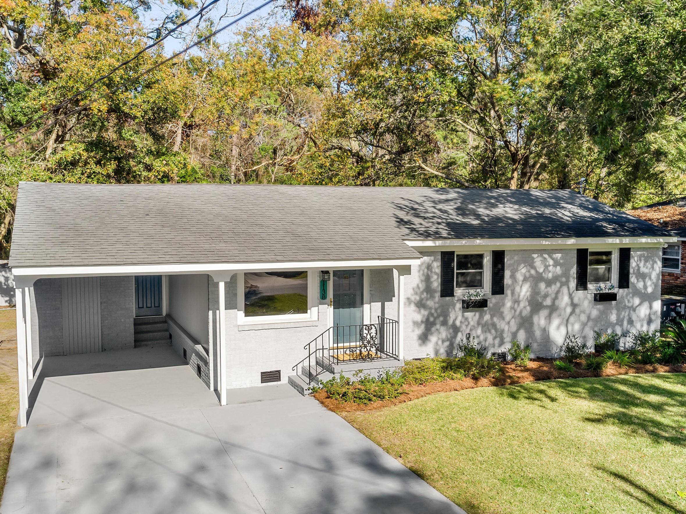 1138 Sherwood Street North Charleston, SC 29405