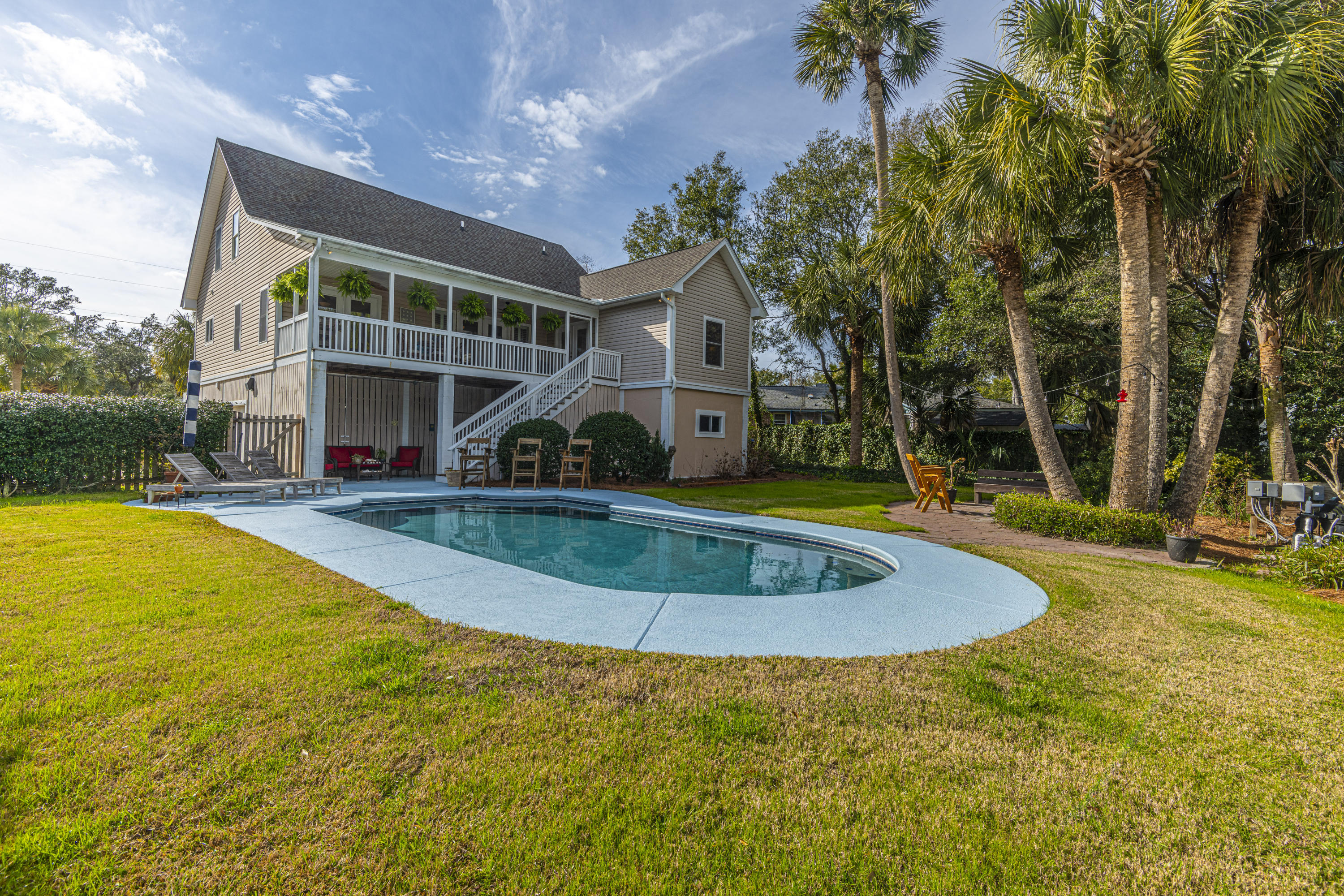 30 29th Avenue Isle Of Palms, SC 29451
