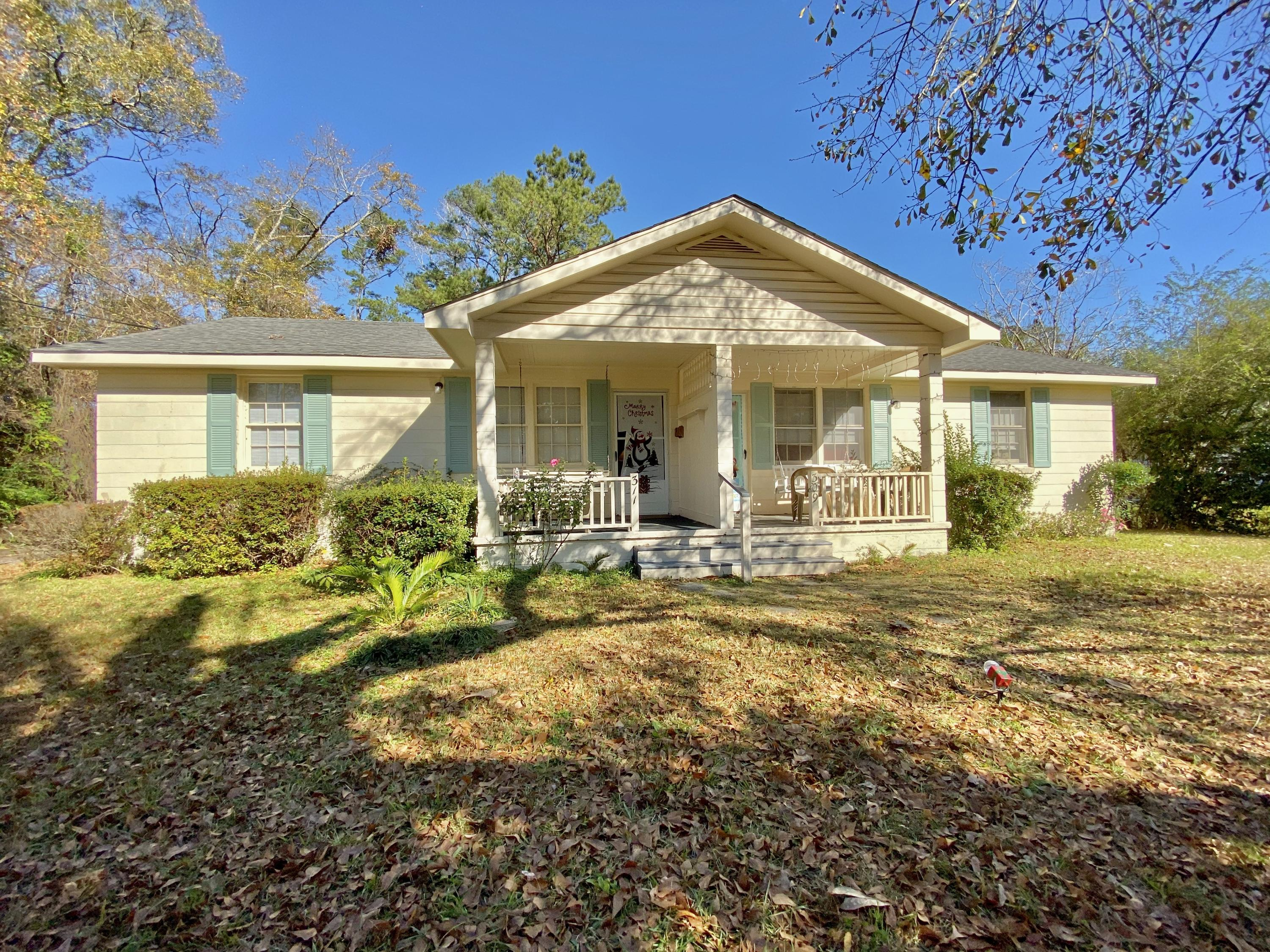 309/ 311 W 4th North Street Summerville, SC 29483