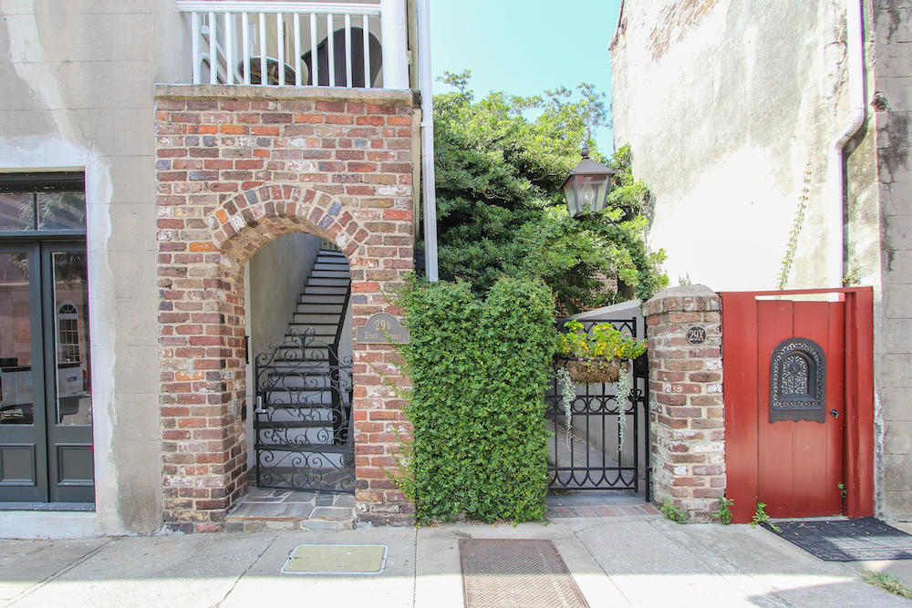 French Quarter Homes For Sale - 29 1/2 State, Charleston, SC - 12
