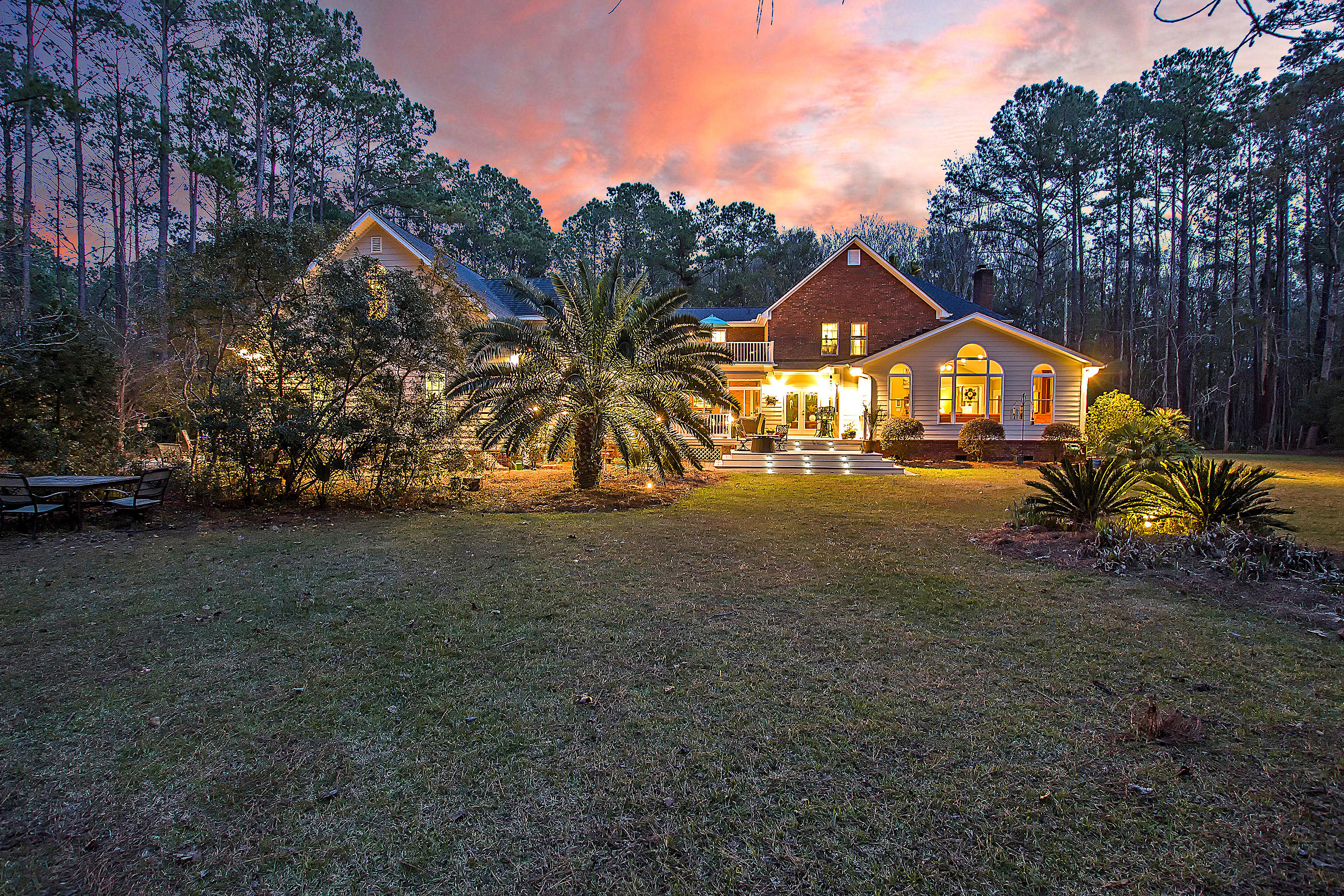 1880 Cherokee Rose Circle Mount Pleasant, SC 29466