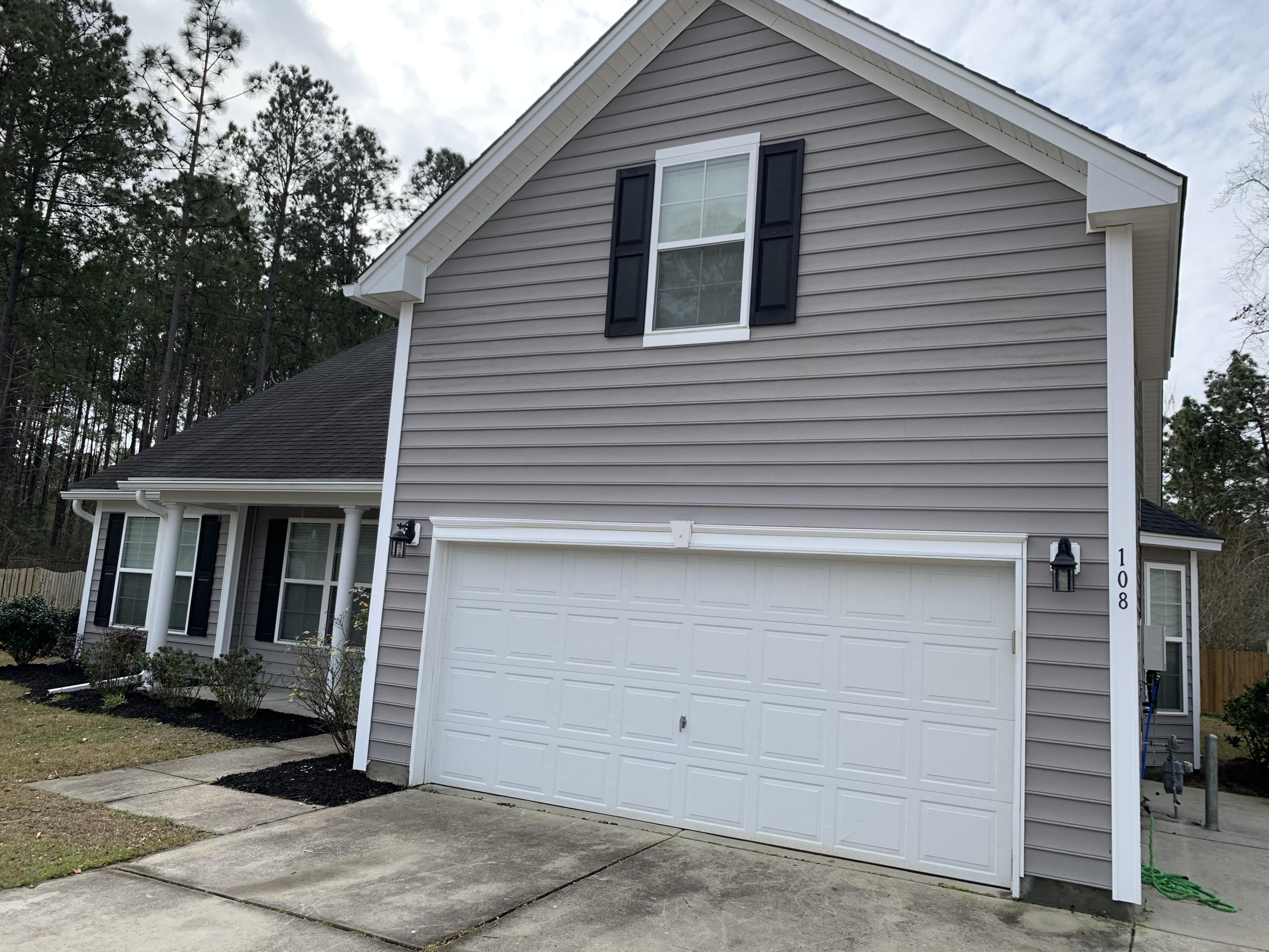 108 Lahina Cove Summerville, SC 29483