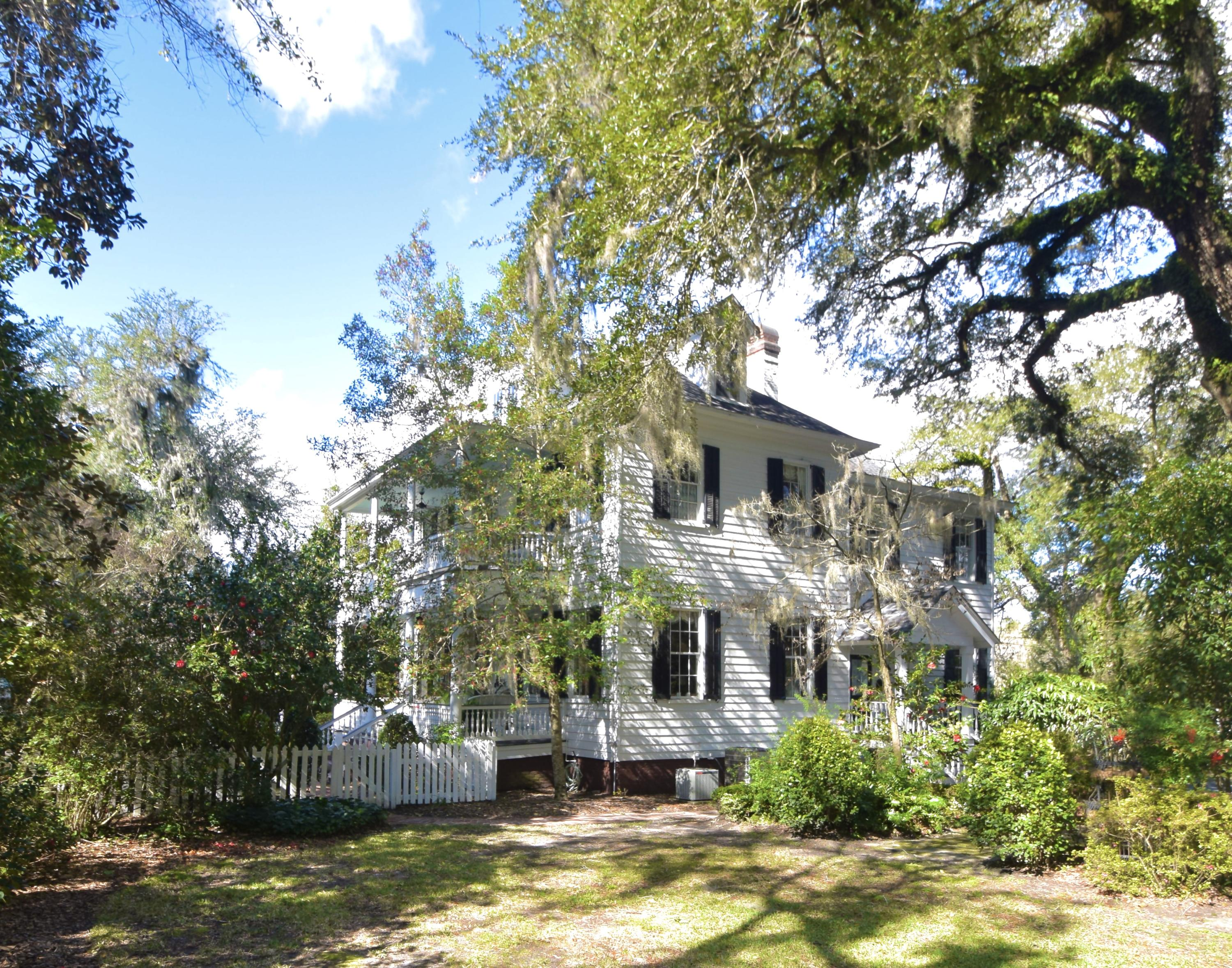 205 Sumter Avenue Summerville, SC 29483