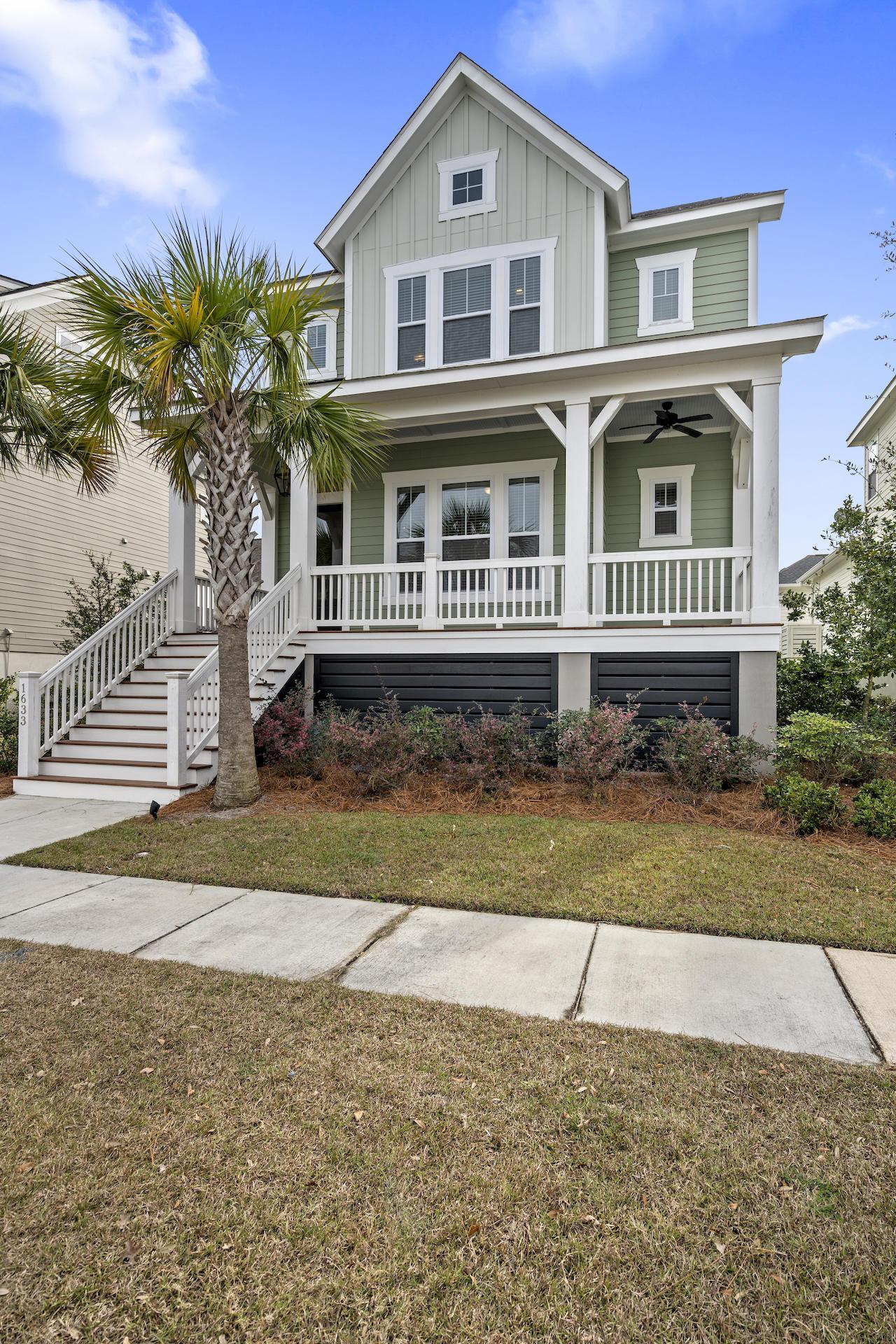 1633 Oak Leaf Street Charleston, Sc 29492