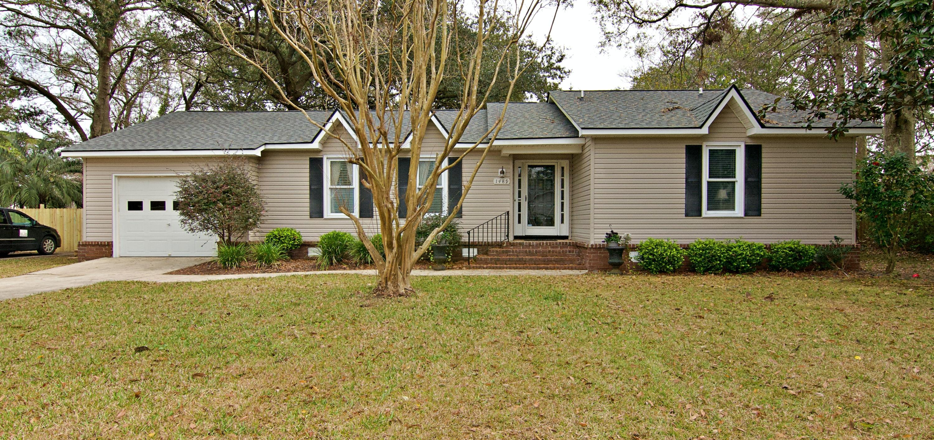 1489 Kentwood Circle Charleston, SC 29412