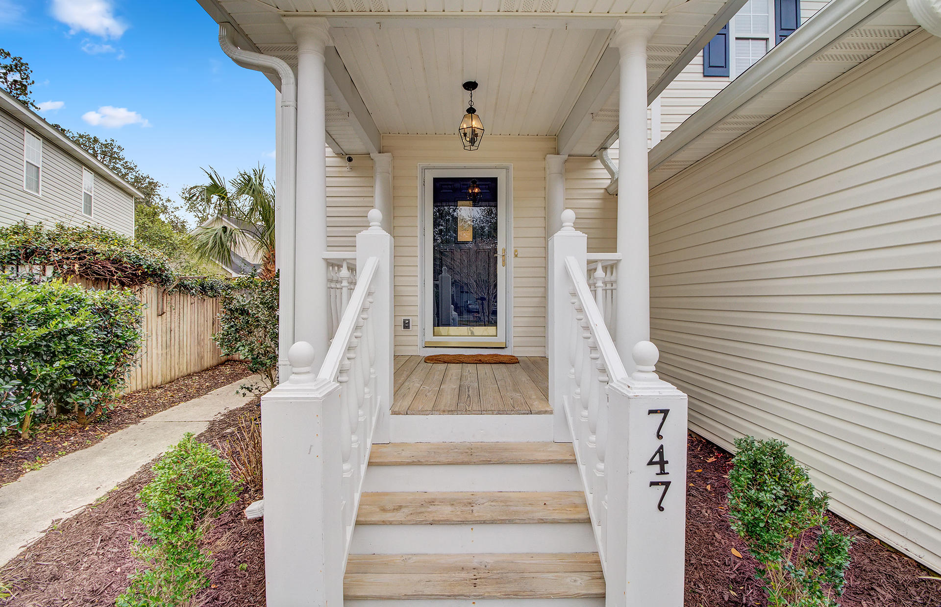 747 Shell Sand Road Charleston, SC 29412