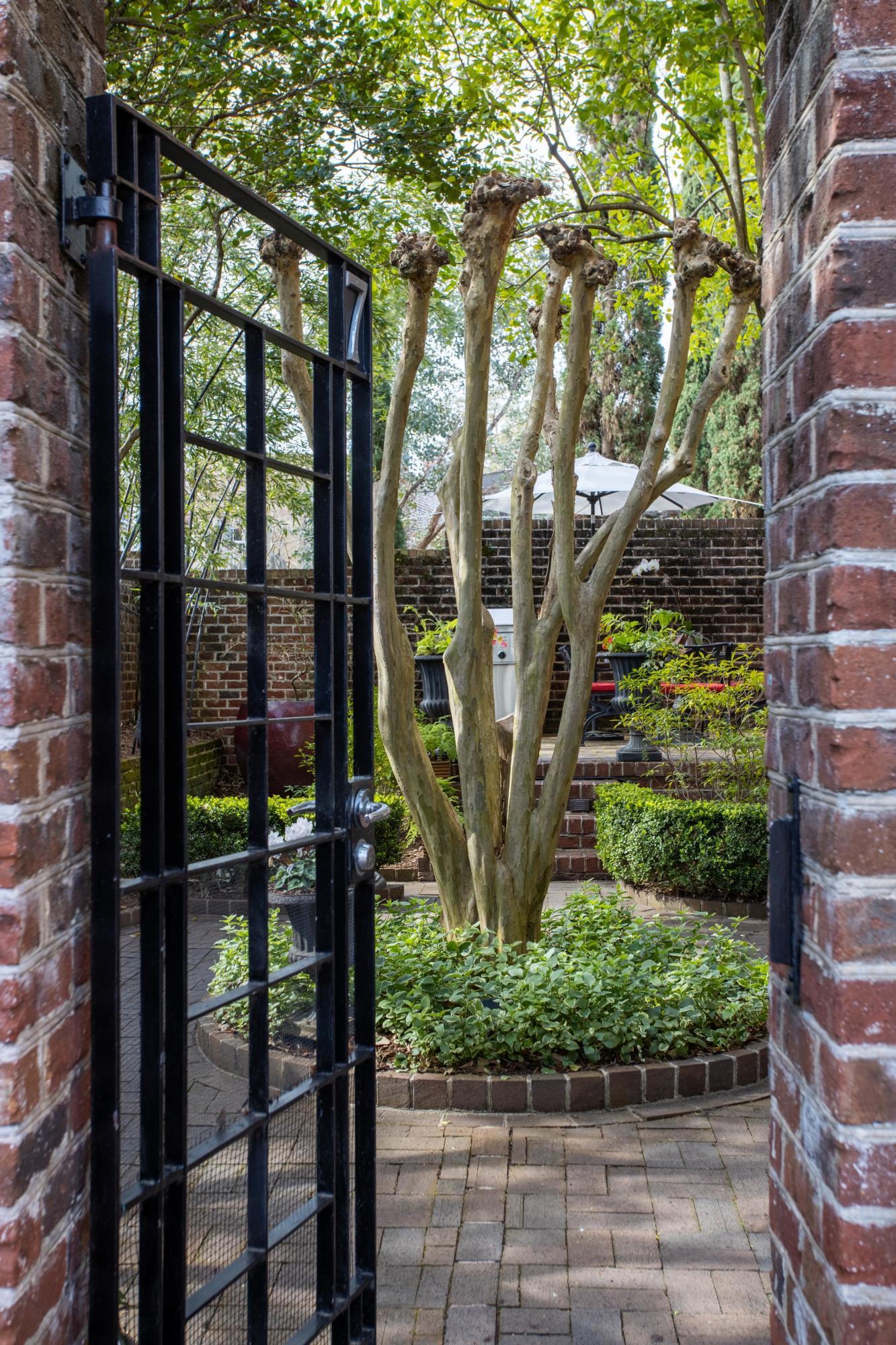 7 Motley Lane Charleston, SC 29401