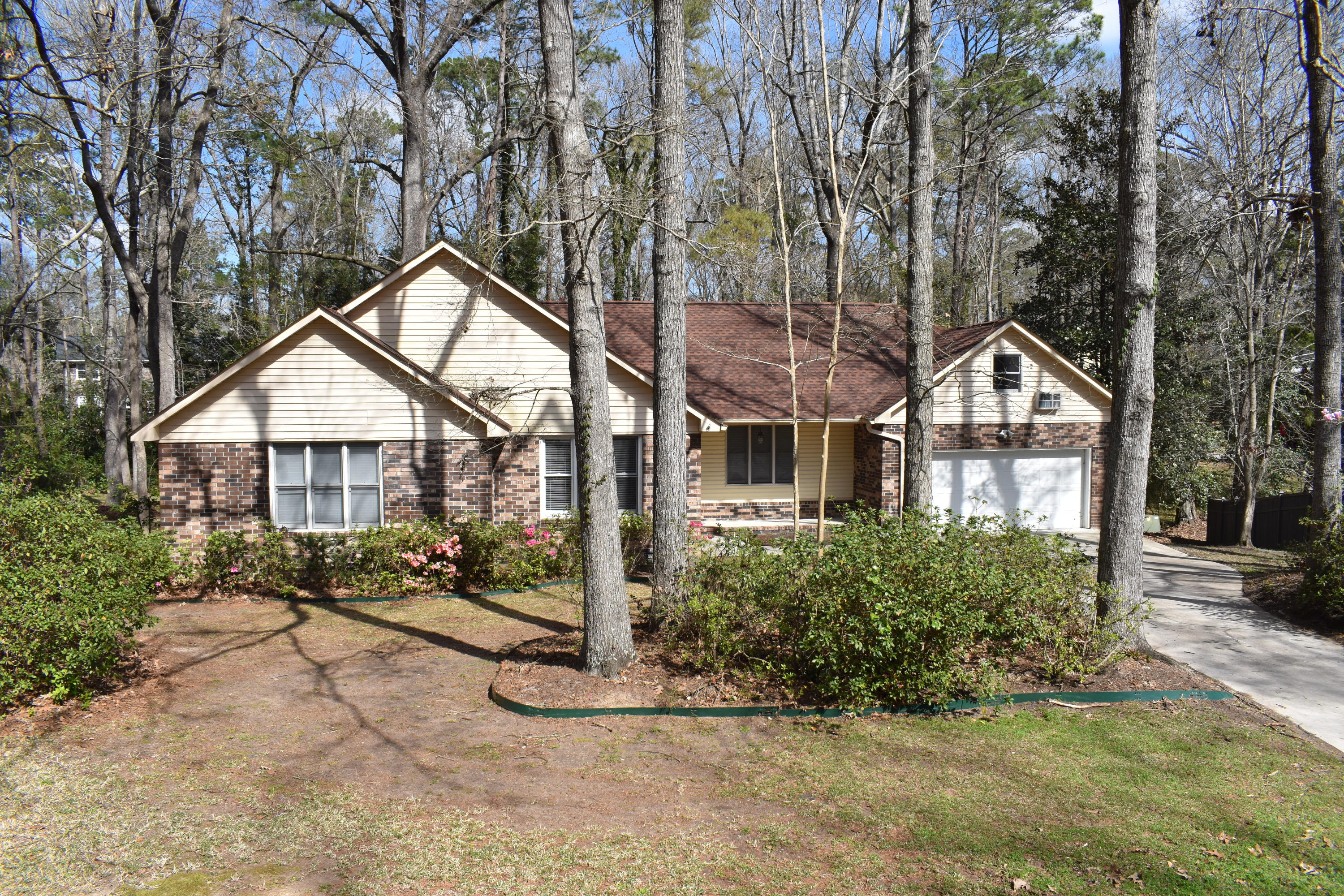 102 Colony Court Summerville, SC 29485