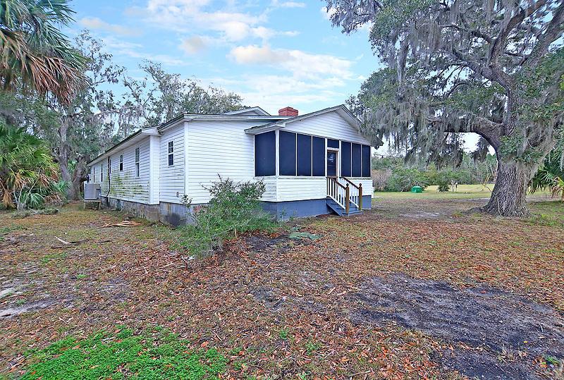 8260 Crooked Creek Lane Edisto Island, SC 29438
