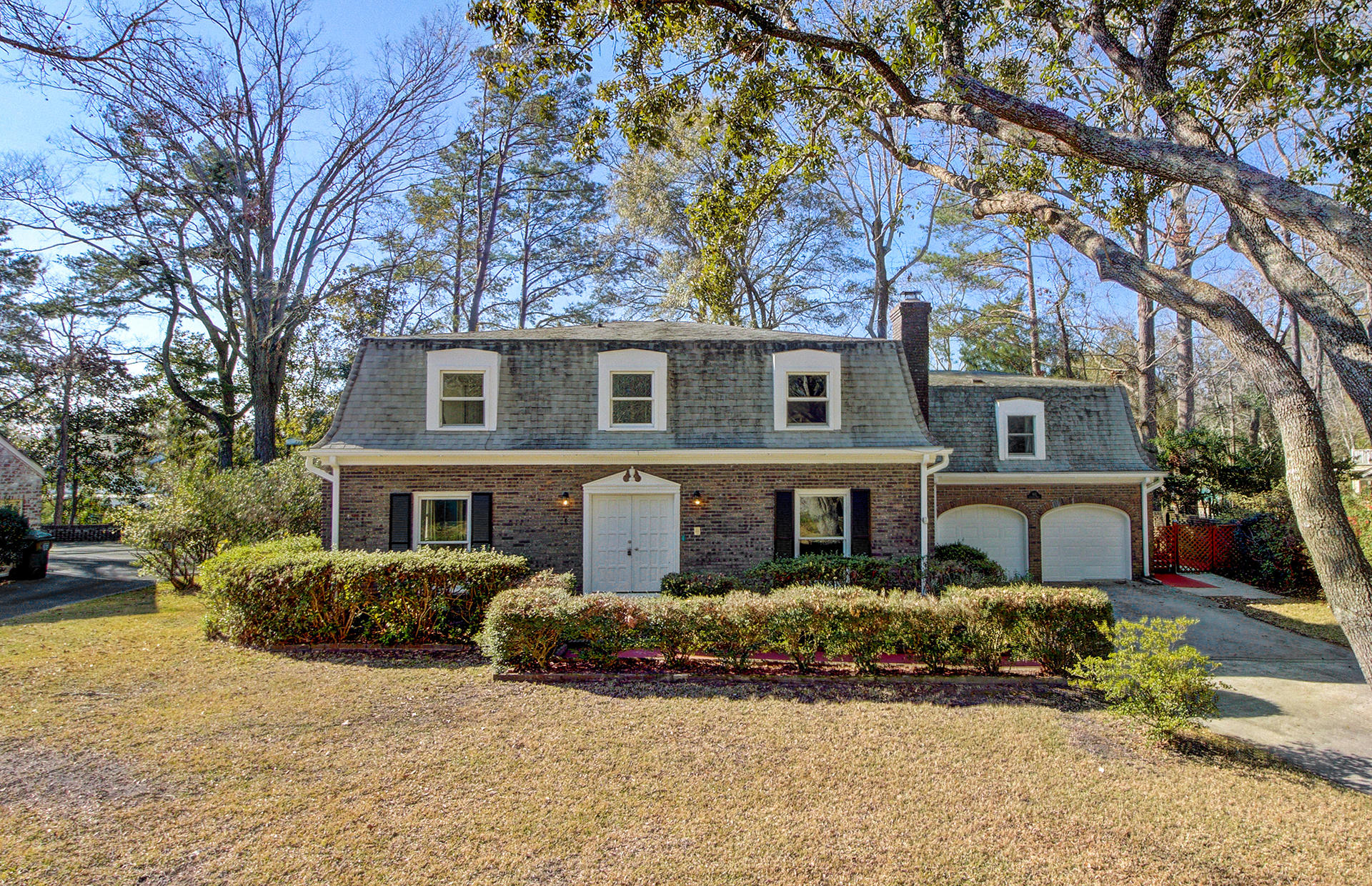 102 Lakeview Drive Summerville, SC 29485