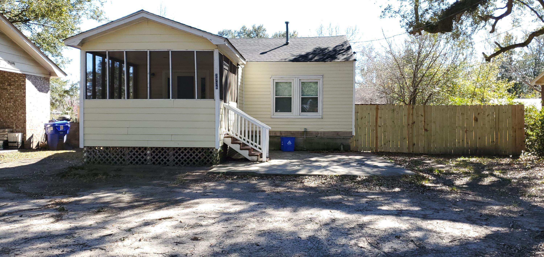 2736 Gordon Street North Charleston, SC 29405