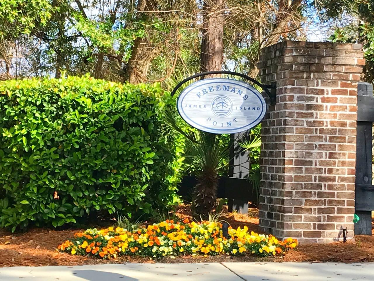 1462 Eutaw Battalion Drive Charleston, SC 29412