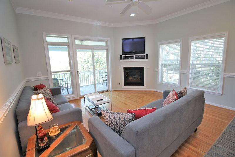 Waters Edge Homes For Sale - 95 2nd, Folly Beach, SC - 23
