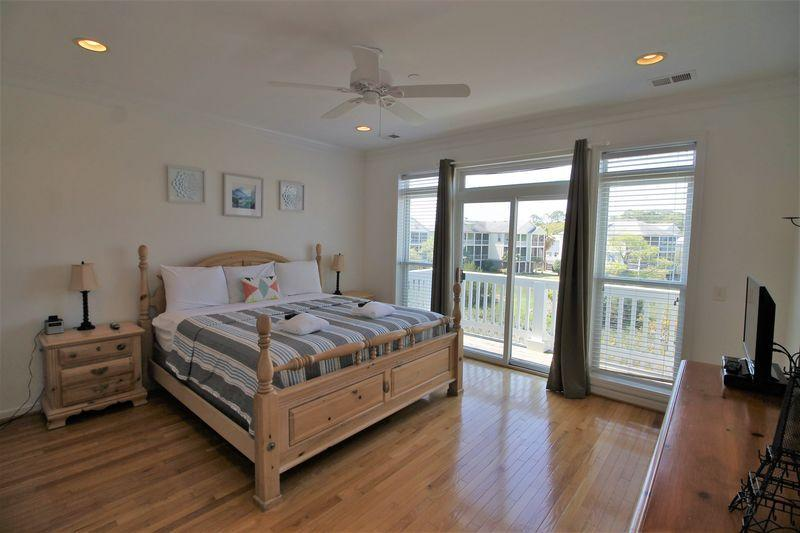 Waters Edge Homes For Sale - 95 2nd, Folly Beach, SC - 18