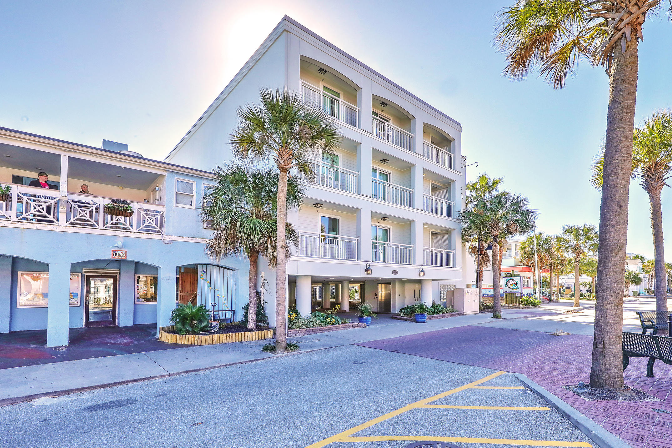 1126 Ocean Boulevard UNIT 111 Isle Of Palms, SC 29451