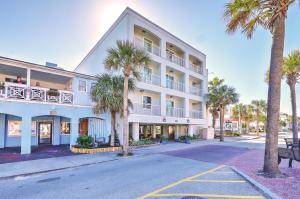 1126 Ocean Boulevard, 111, Isle of Palms, SC 29451