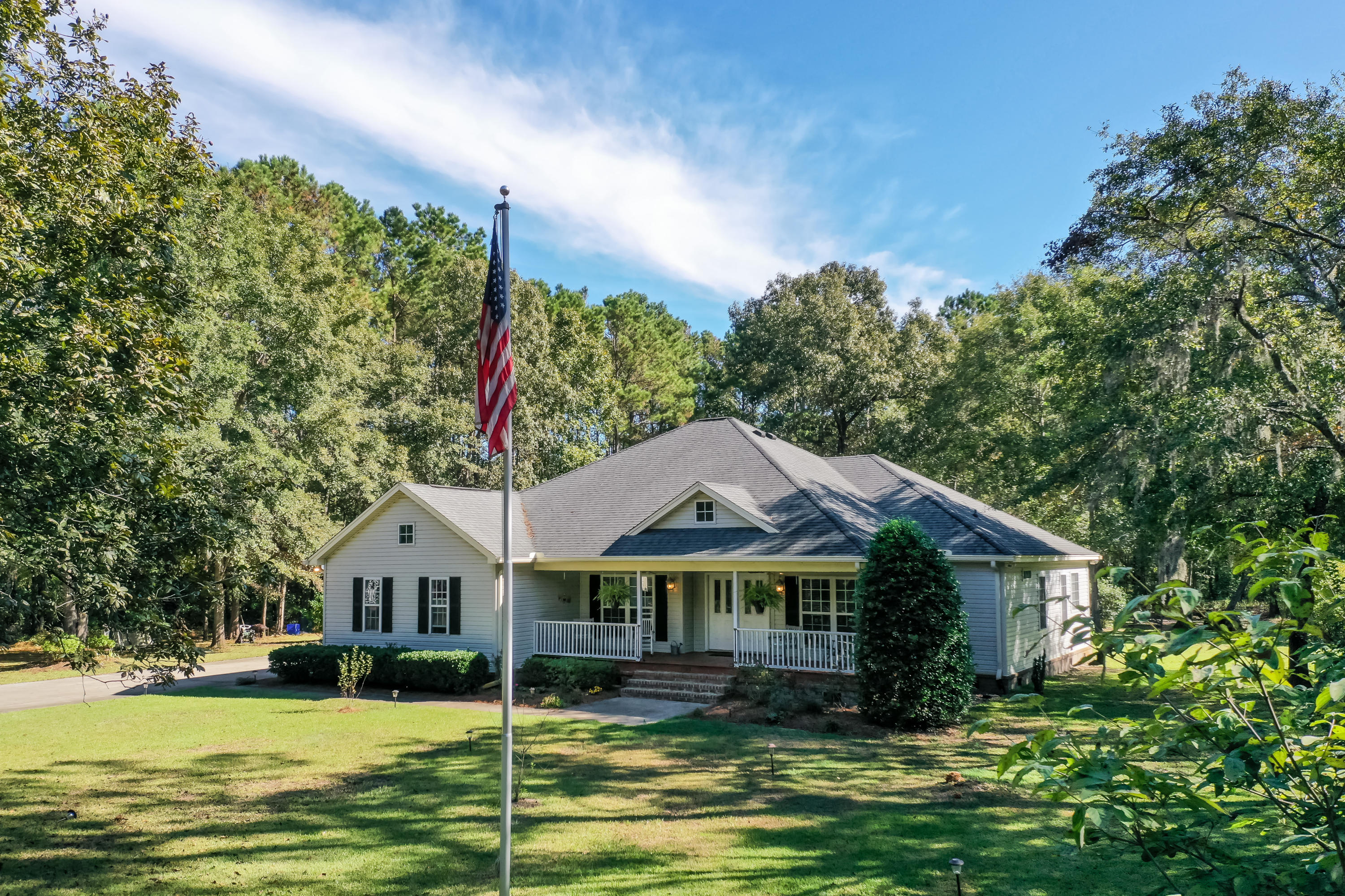 1766 Little Smith Road Wadmalaw Island, SC 29487