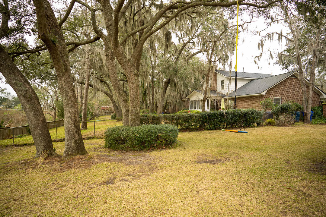 1803 Wilshire Drive Charleston, SC 29407