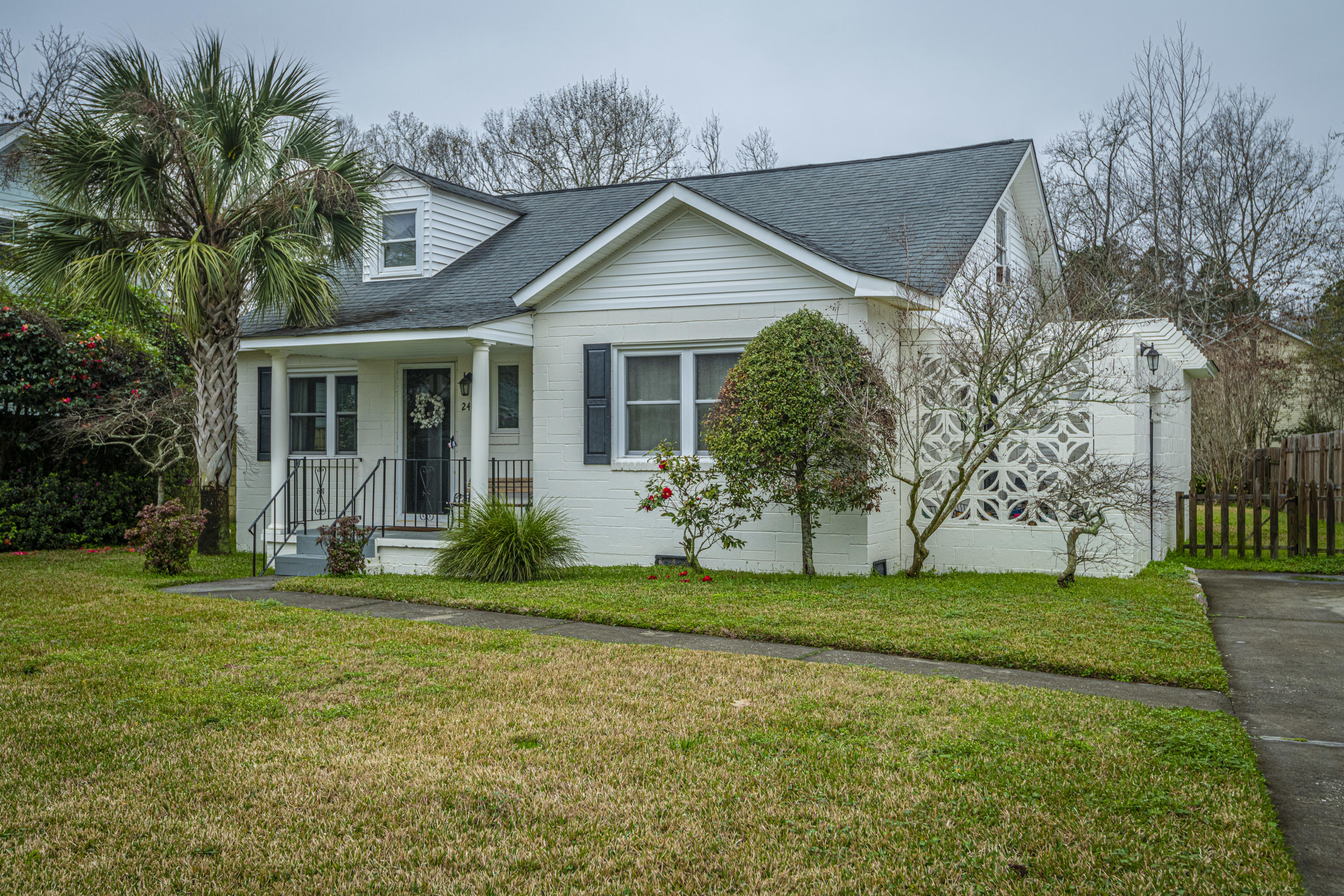 249 Howle Avenue Charleston, SC 29412