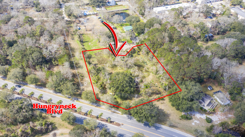 1748 Halls Pond Road Mount Pleasant, SC 29464