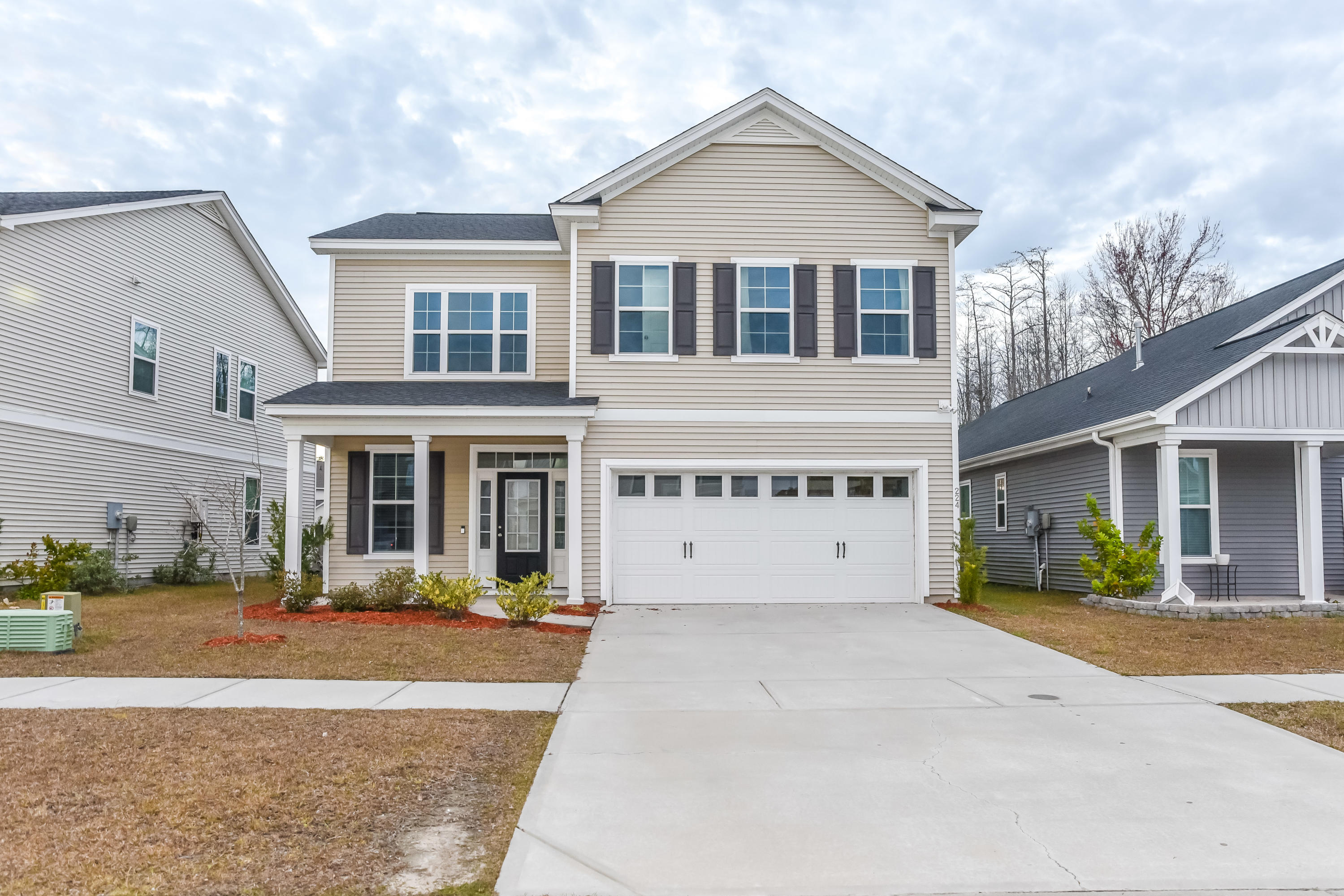 224 Palmetto Walk Drive Summerville, SC 29486
