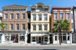 216 King Street, Charleston, SC 29401