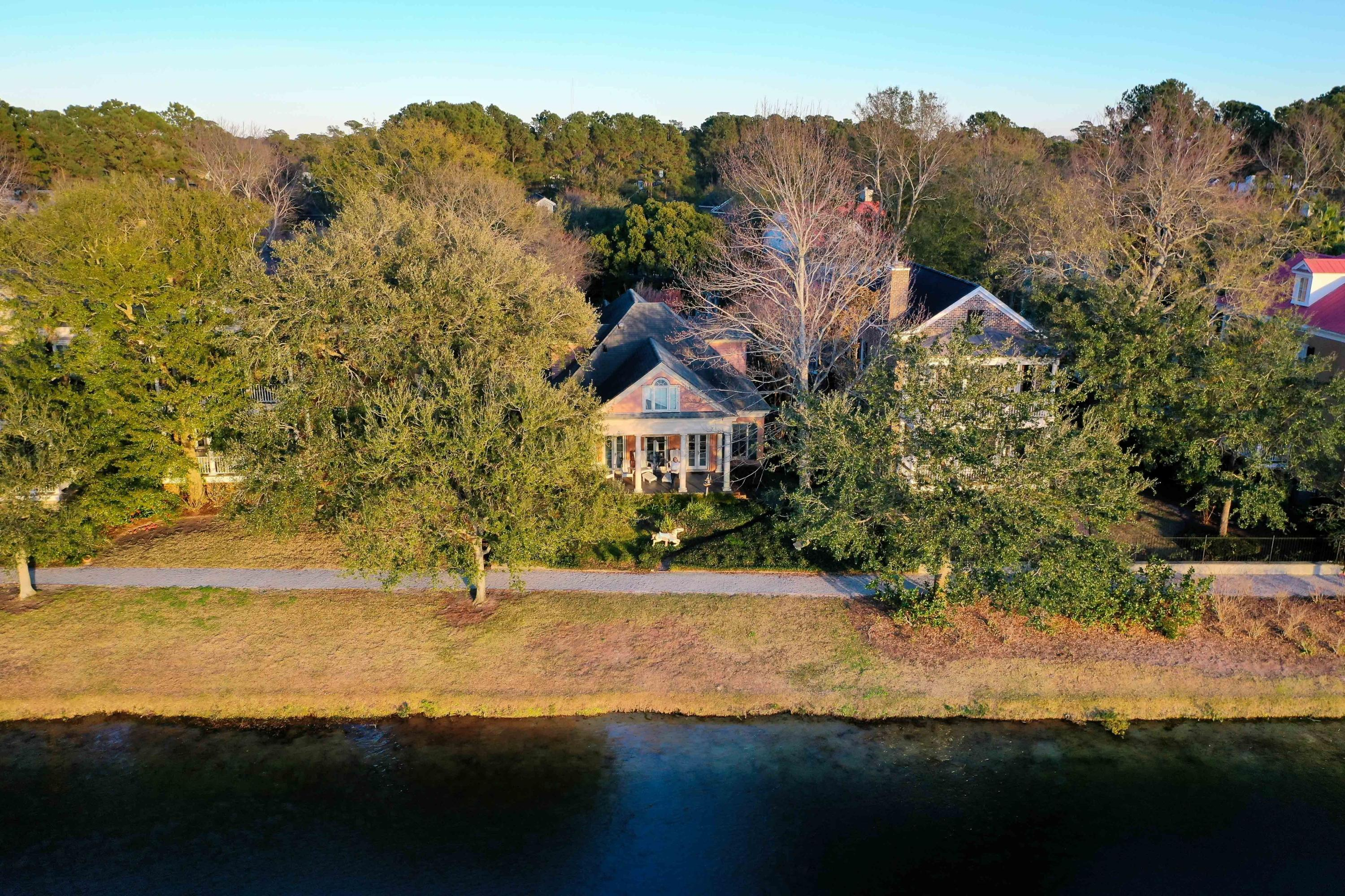 29 Eastlake Road Mount Pleasant, SC 29464