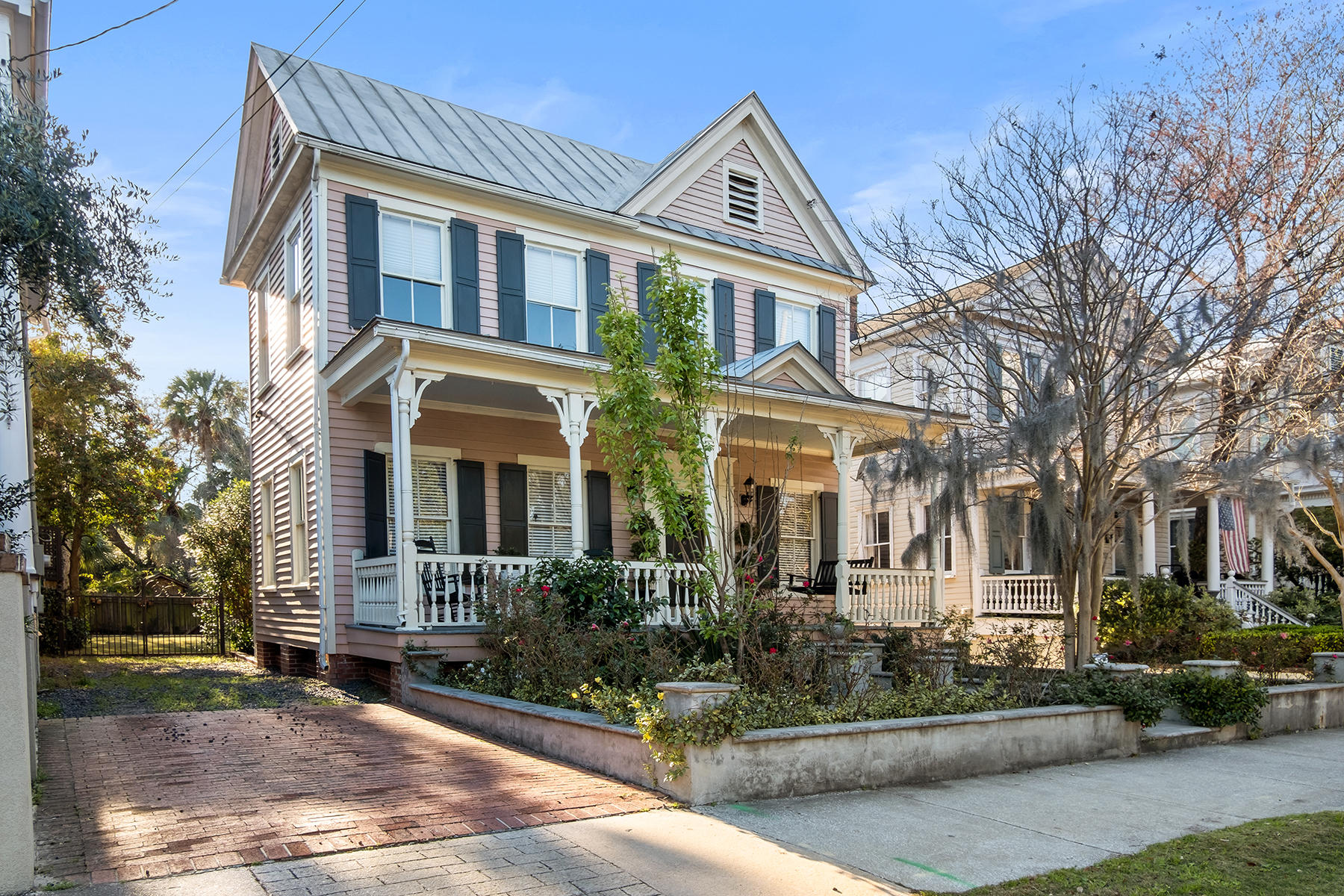 129 Ashley Avenue Charleston, SC 29401