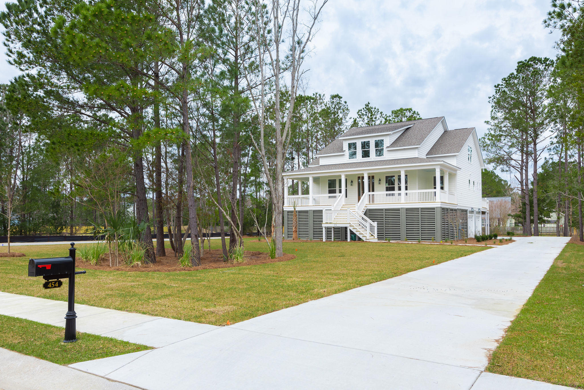 454 Woodspring Road Mount Pleasant, Sc 29466