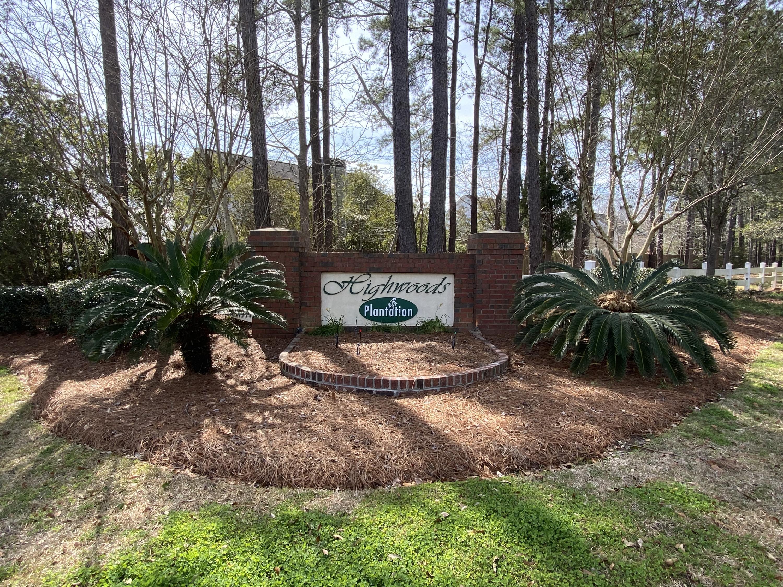 137 Highwoods Plantation Avenue Summerville, Sc 29485
