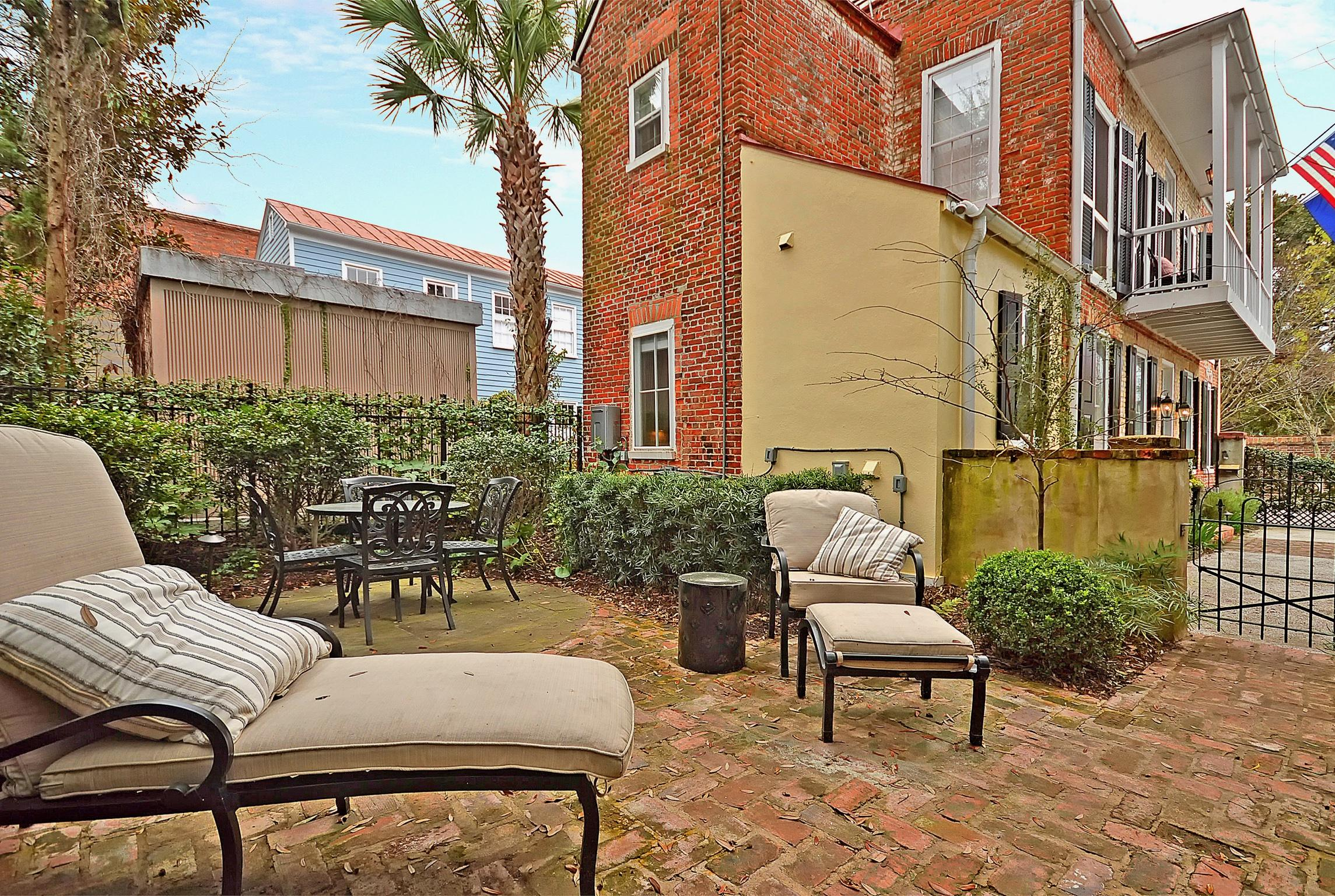 16 Clifford Street Charleston, SC 29401