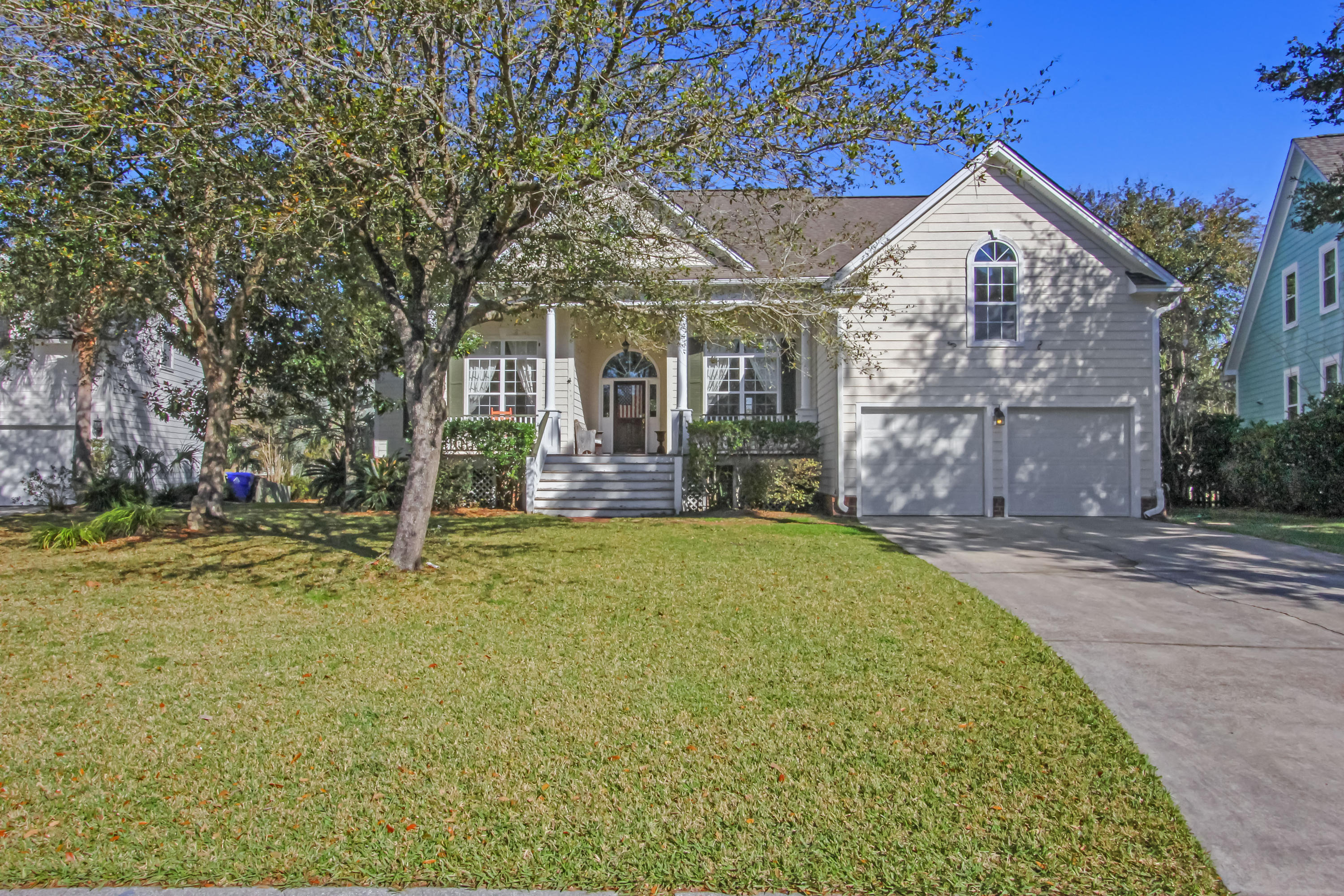 736 High Battery Circle Mount Pleasant, SC 29464
