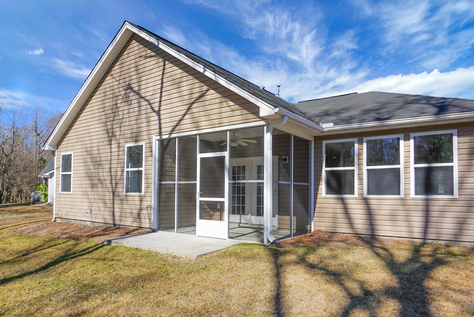9386 S Heyward Court Summerville, SC 29485