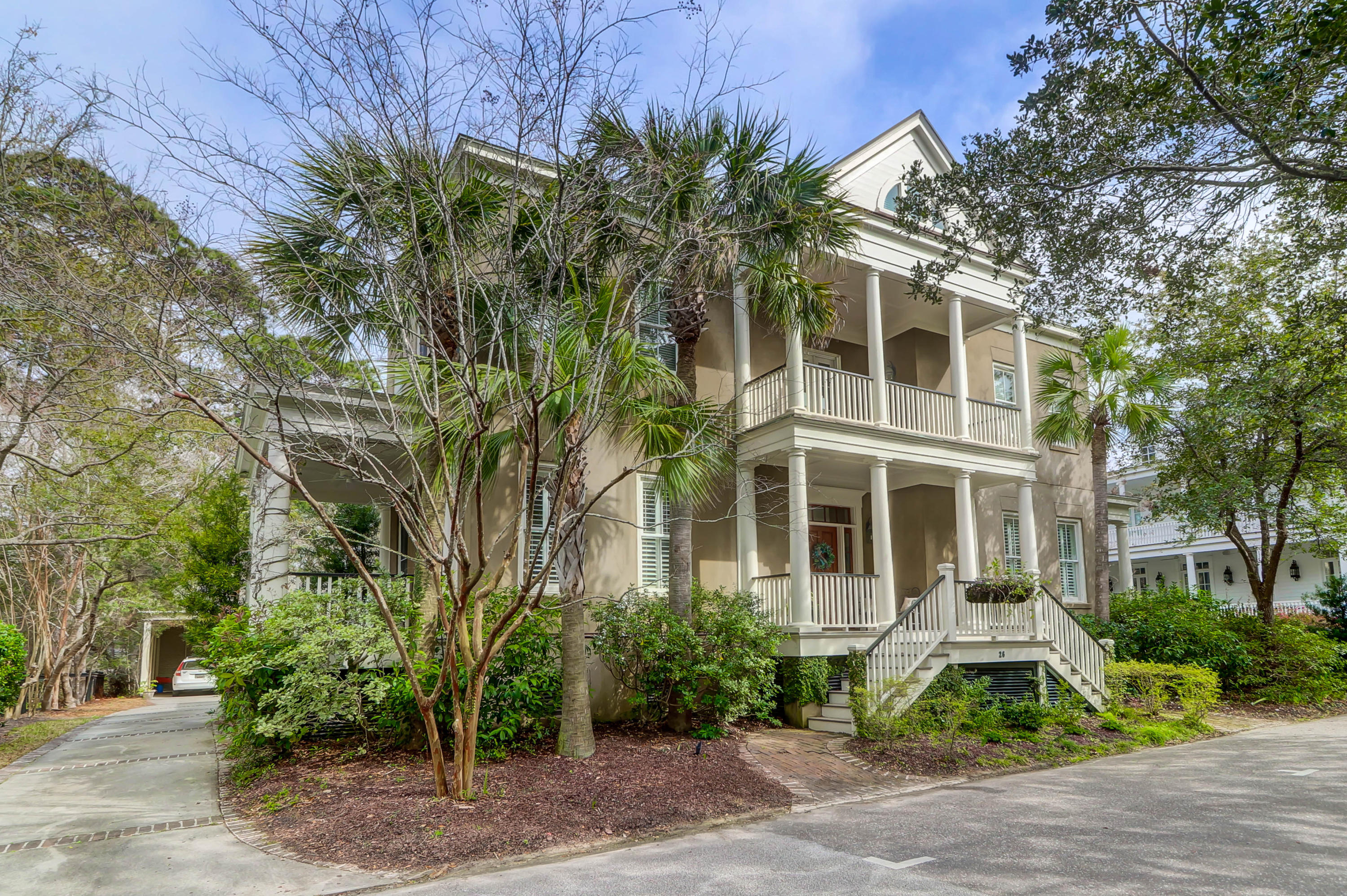 26 Isle of Hope Road Mount Pleasant, SC 29464