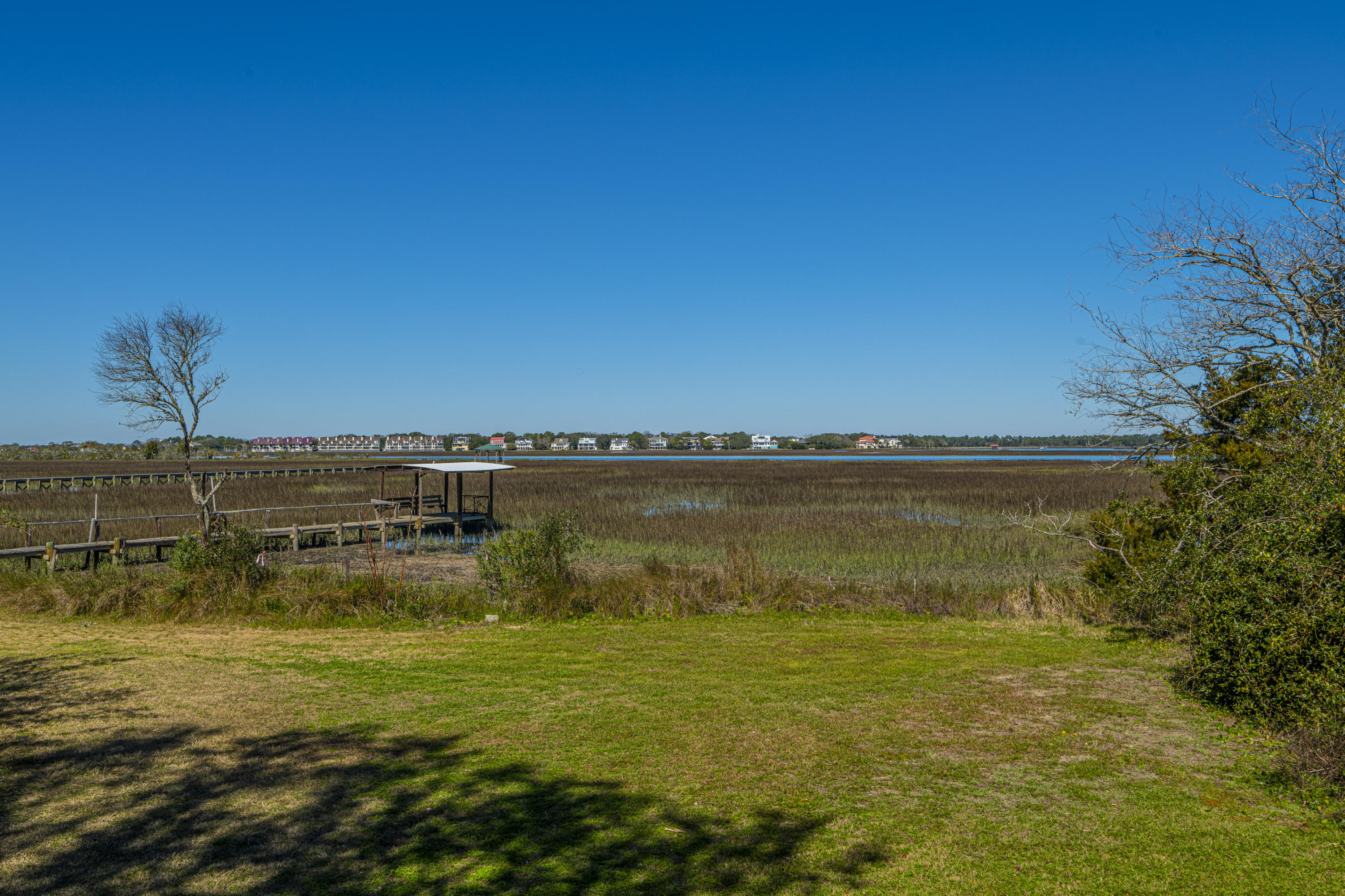 704 E Erie E Avenue Folly Beach, SC 29439