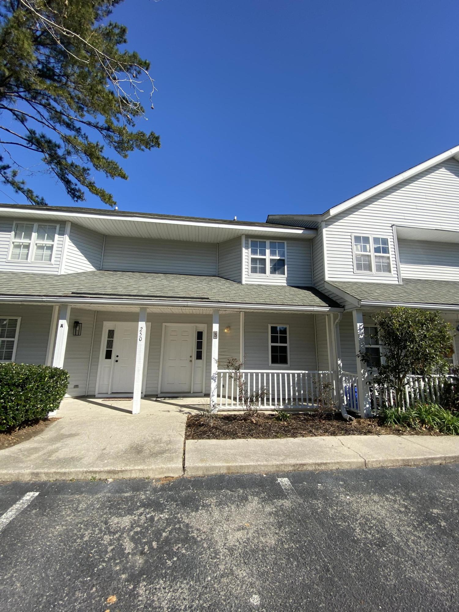 250 Stefan Drive UNIT 7-B Charleston, SC 29412