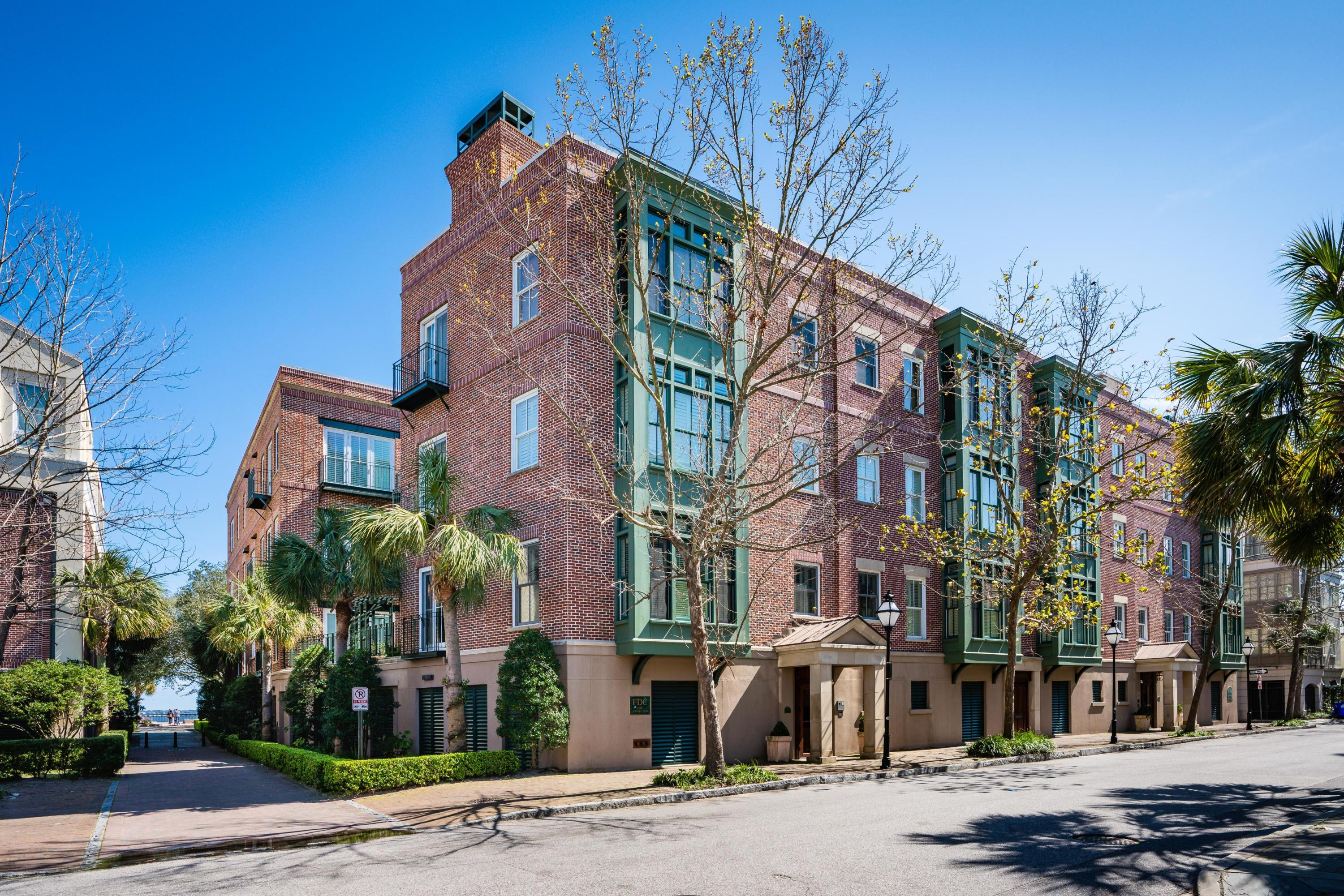 32 Prioleau Street UNIT B Charleston, SC 29401