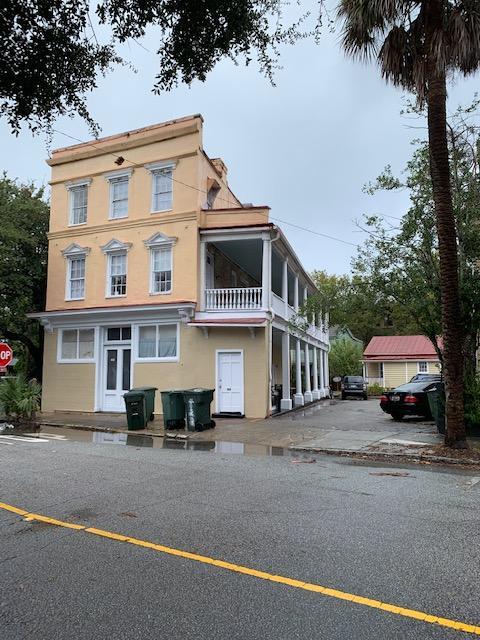 126 Alexander Street Charleston, SC 29403