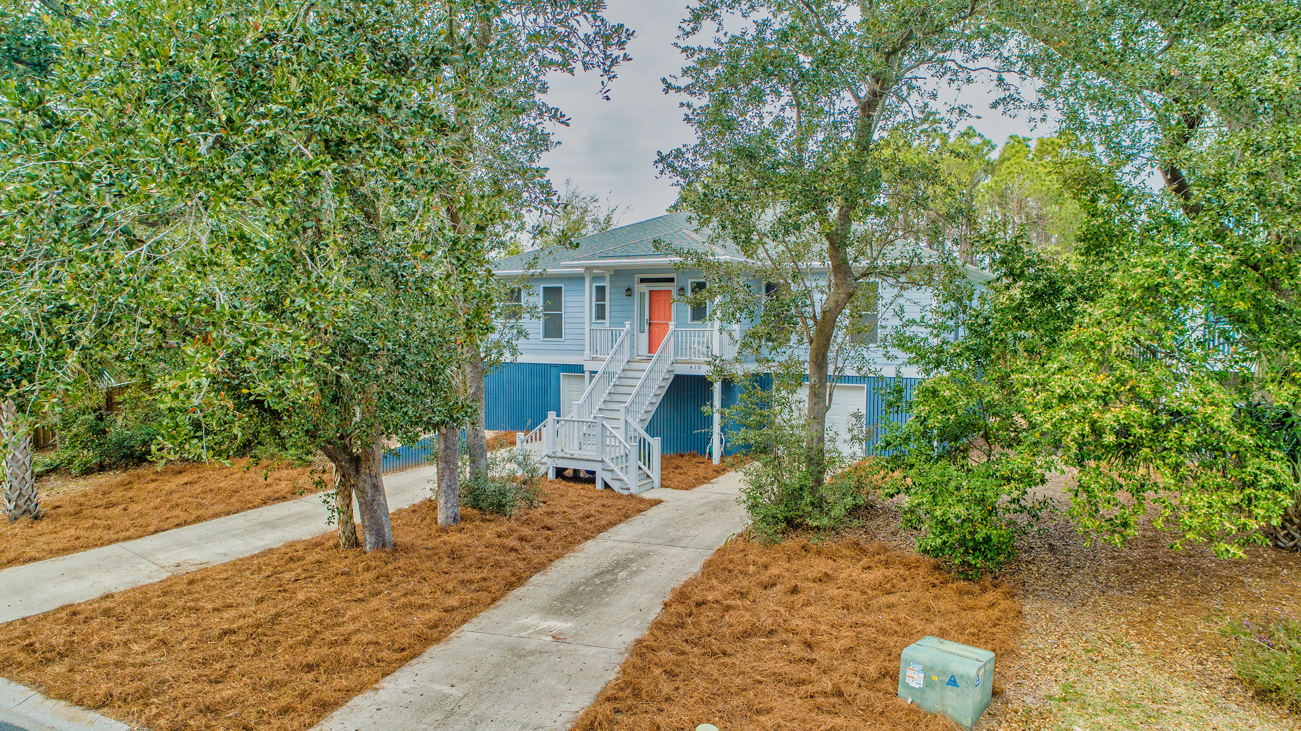 410 W Hudson Avenue Folly Beach, Sc 29439