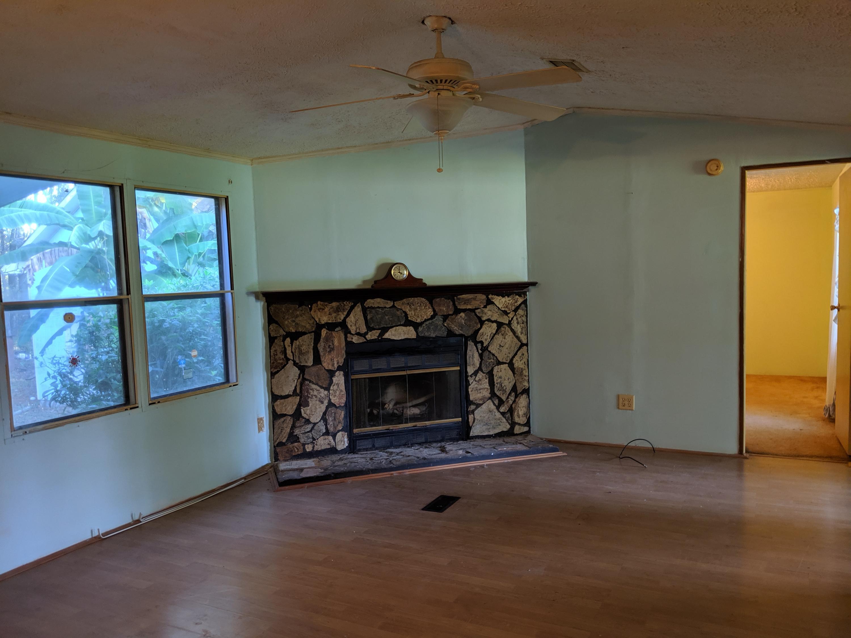 208 Wilton Drive Summerville, SC 29483
