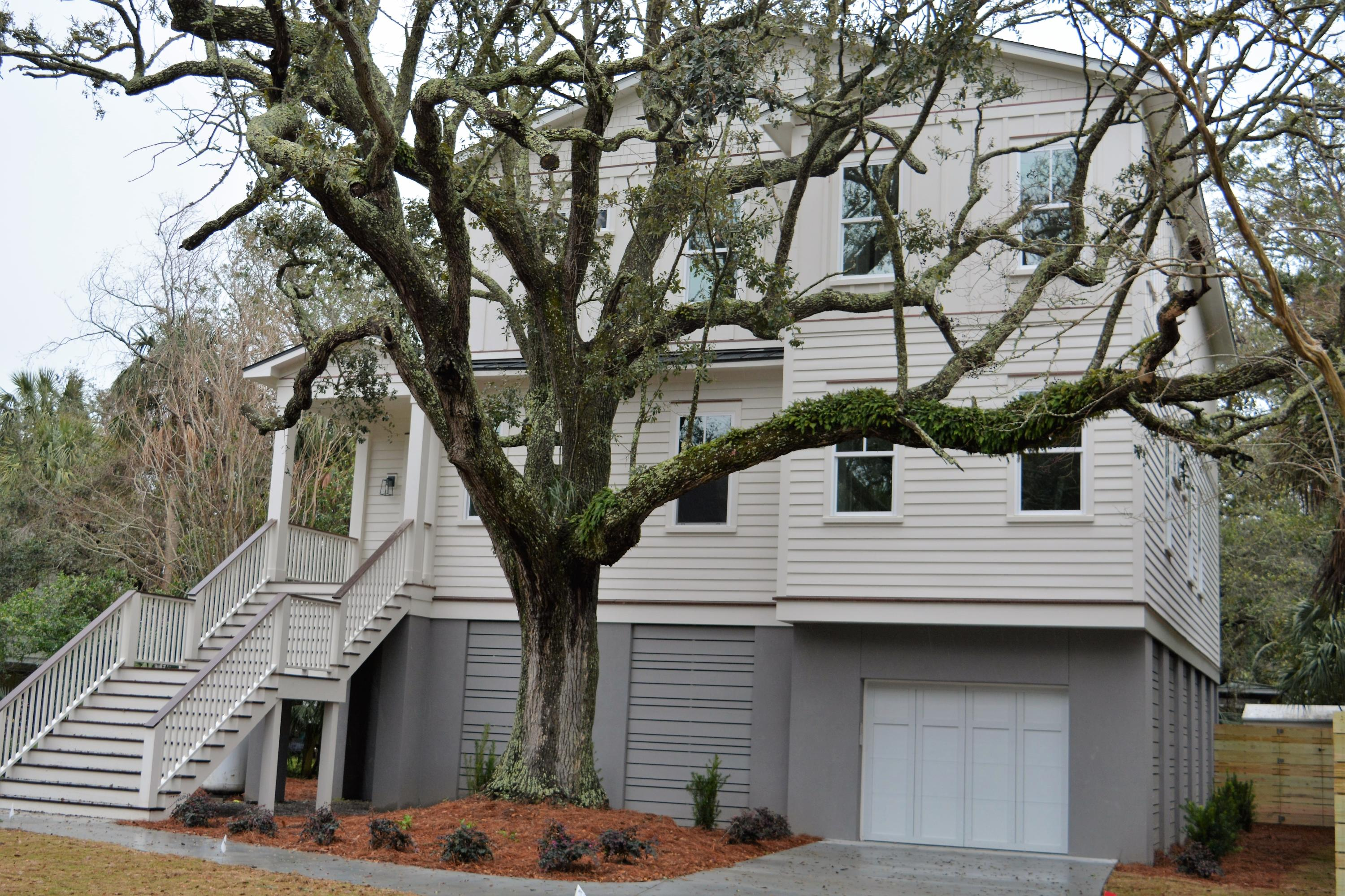 2202 Hartnett Boulevard Isle Of Palms, SC 29451