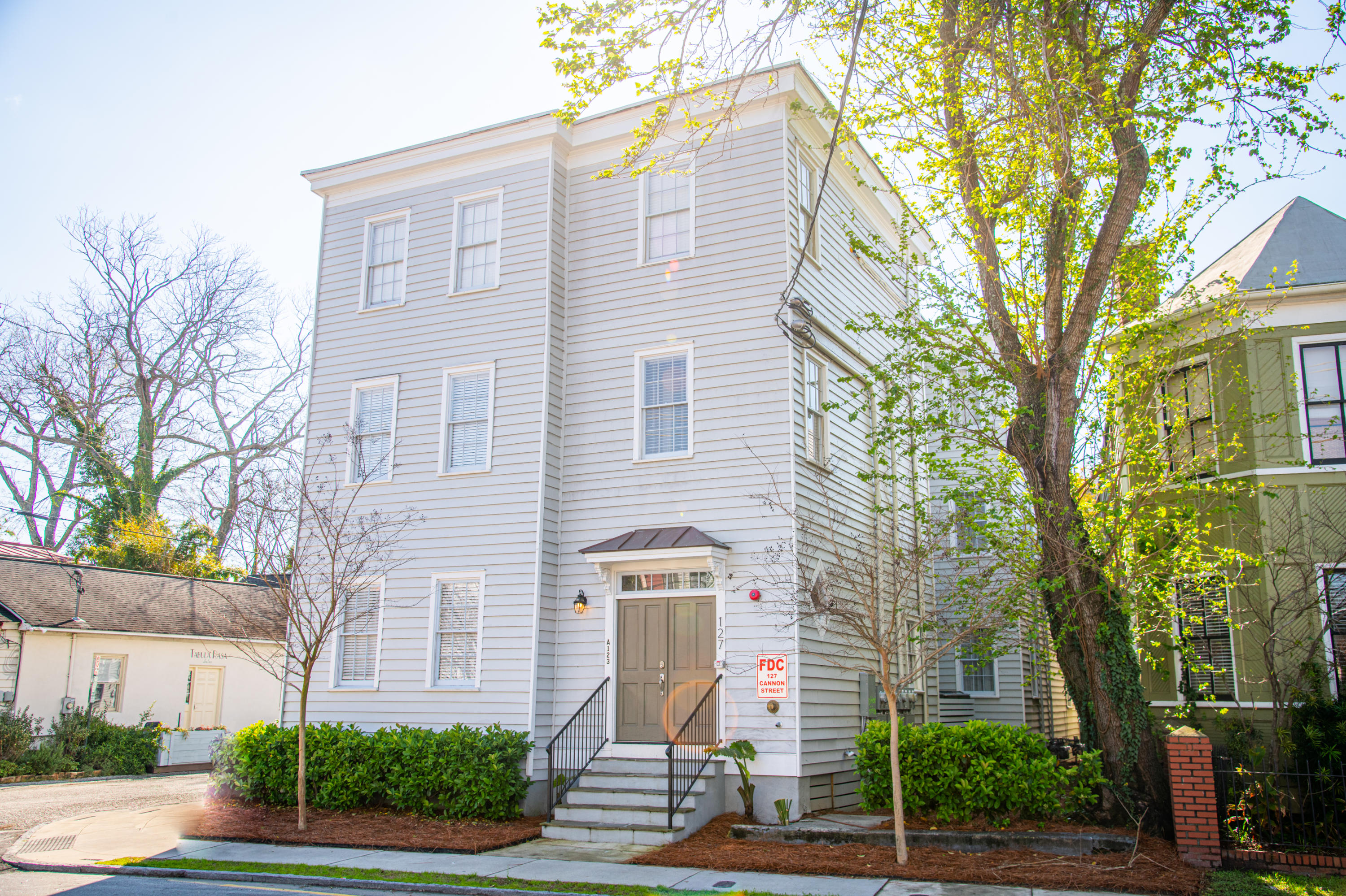 127 Cannon Street Charleston, SC 29403
