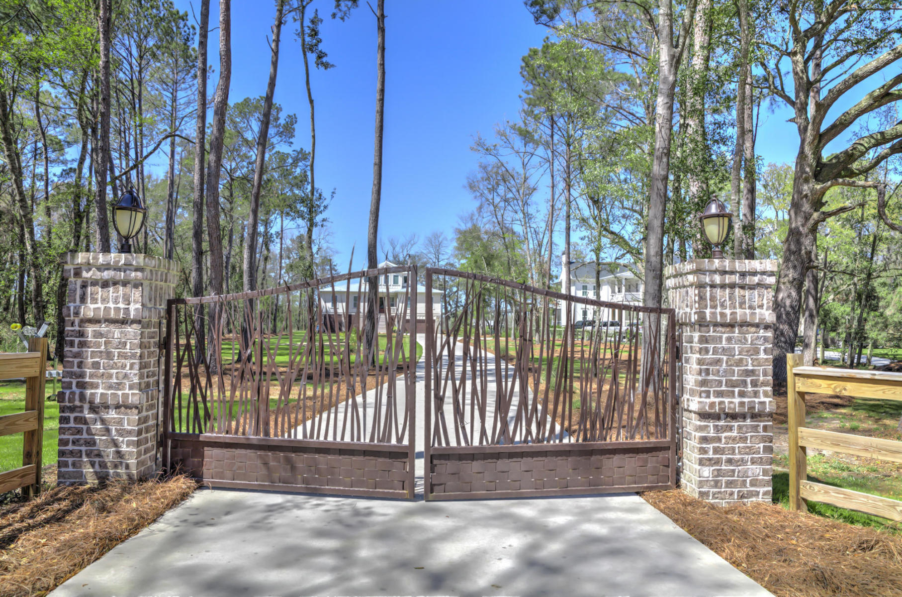 1110 Pinefield Drive Wando, SC 29492