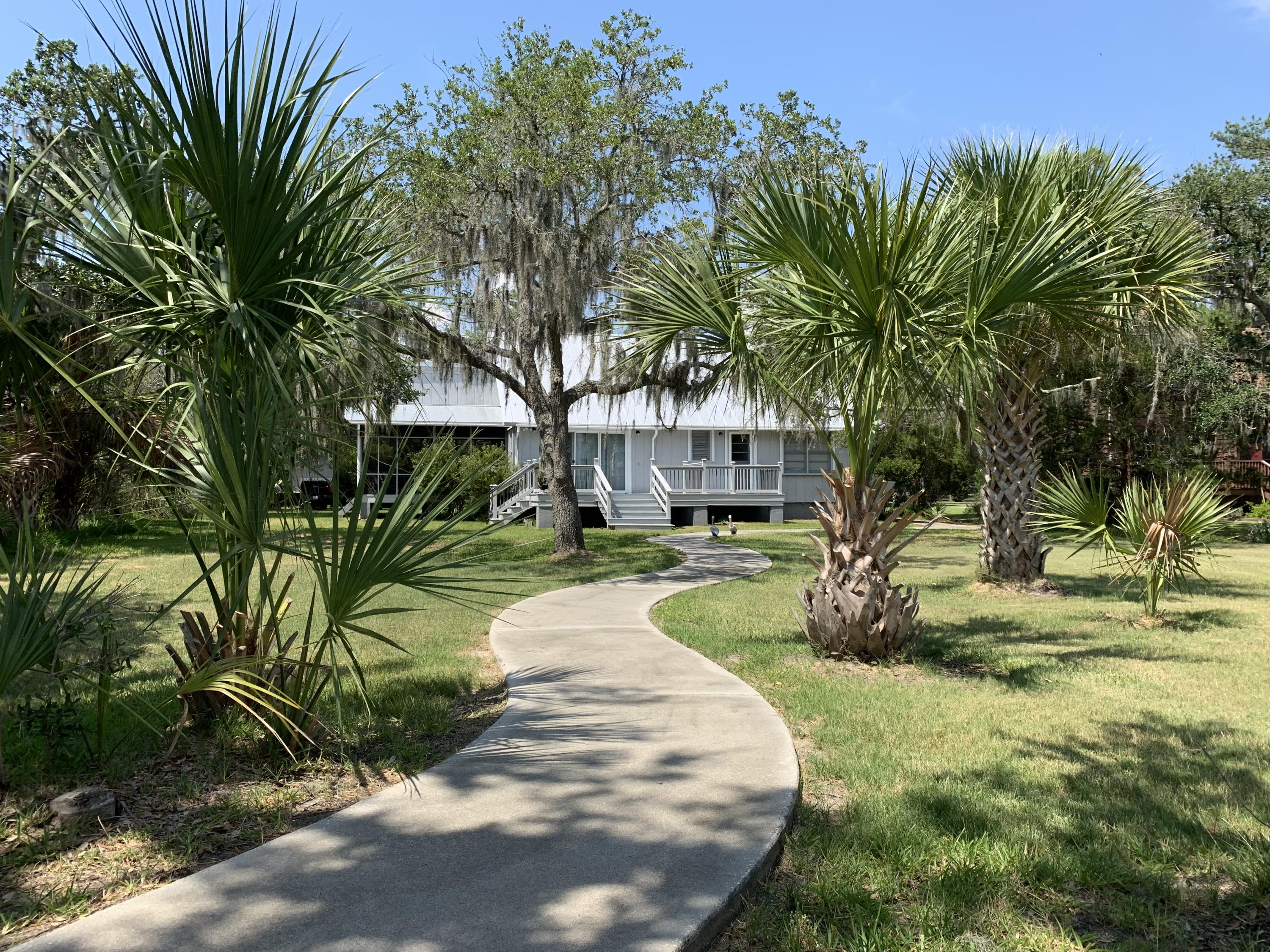 7905 Russell Creek Road Edisto Island, SC 29438