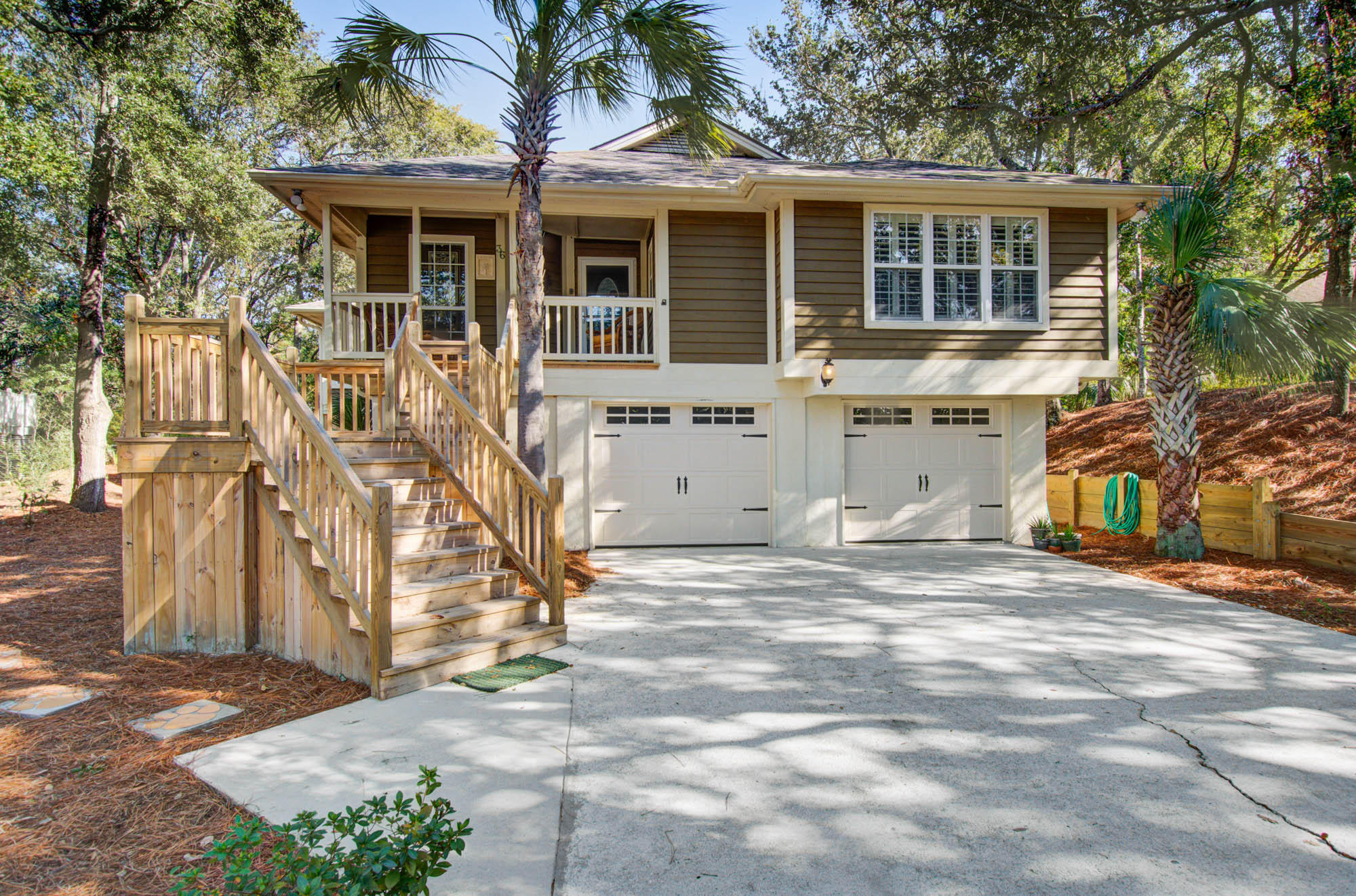36 W Beachwood Isle Of Palms, SC 29451